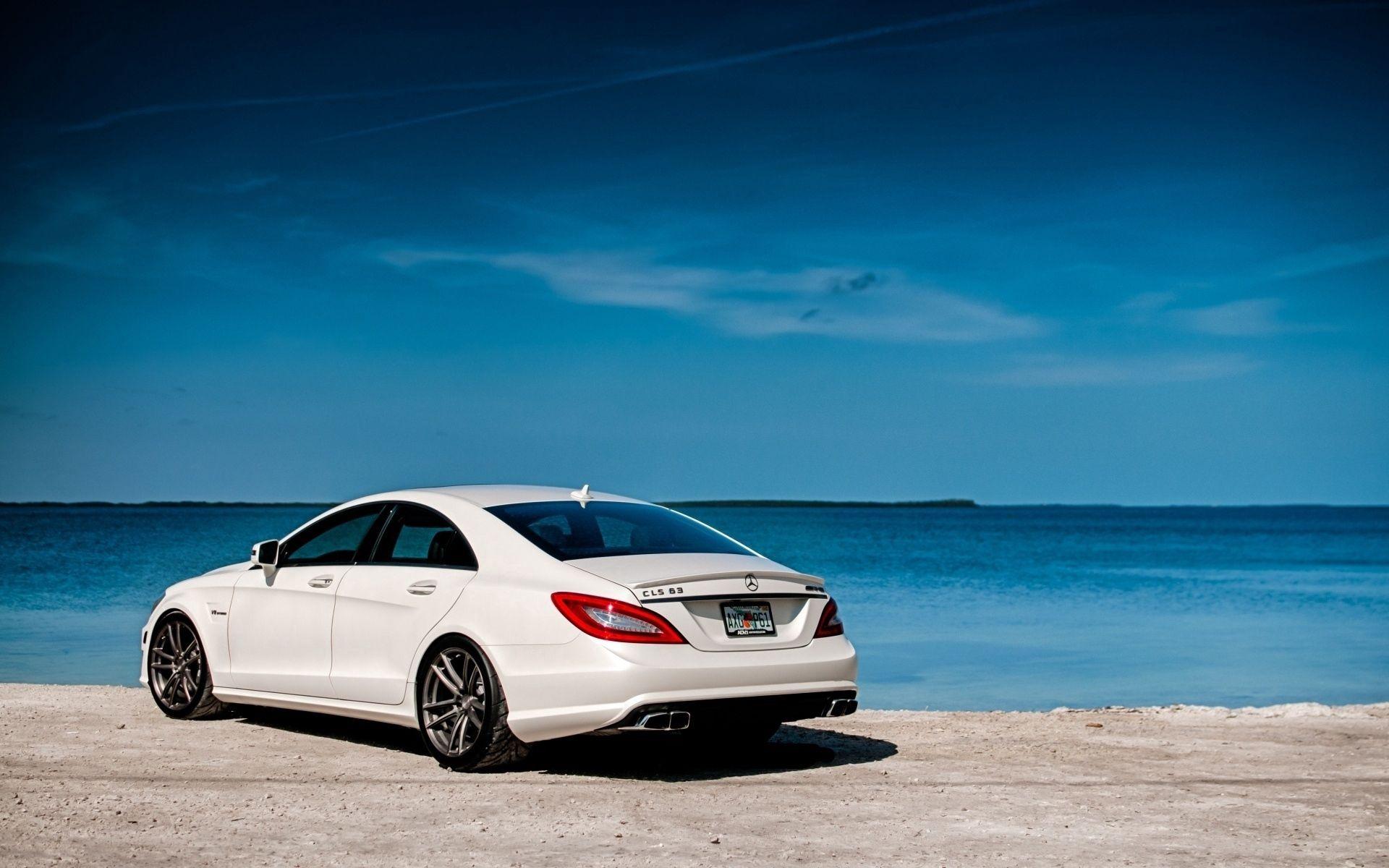 144337 скачать обои Мерседес (Mercedes), Вид Сзади, Тачки (Cars), Белый, Amg, Mercedes-Benz, Cls63 - заставки и картинки бесплатно