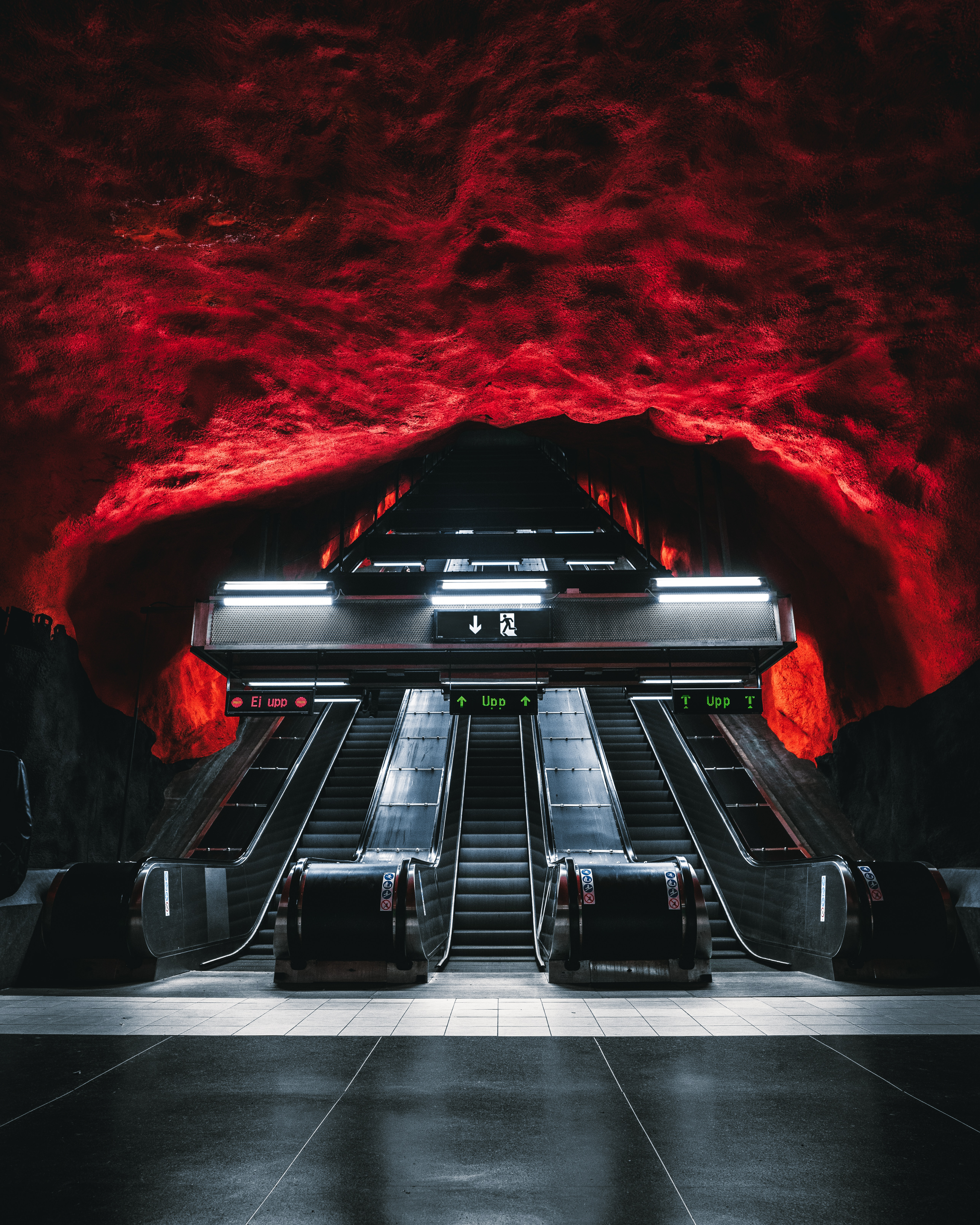 118591 Screensavers and Wallpapers Metro for phone. Download Dark, Miscellanea, Miscellaneous, Tunnel, Underground, Metro, Subway, Escalator pictures for free