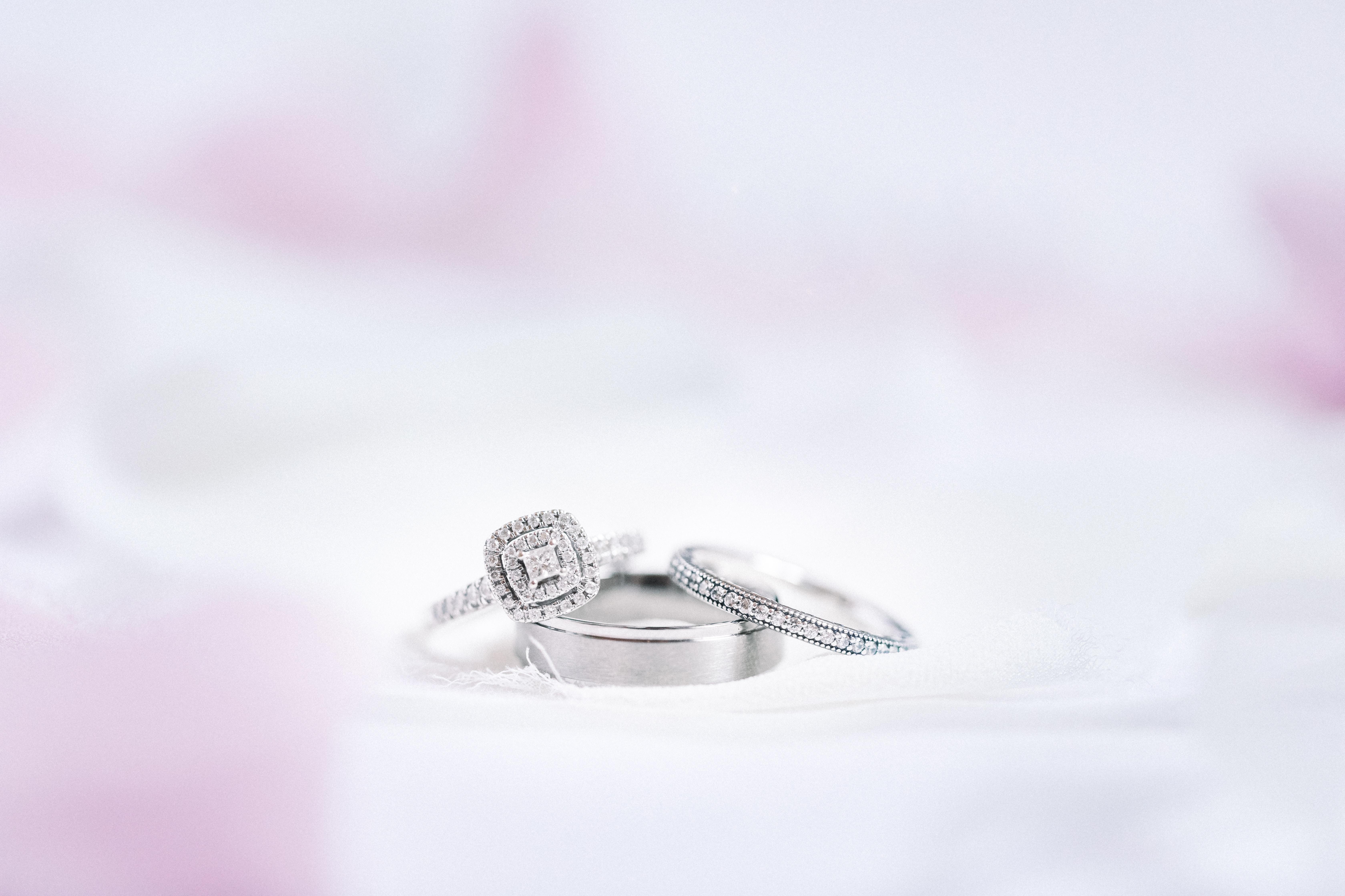 153736 Hintergrundbild 240x320 kostenlos auf deinem Handy, lade Bilder Hochzeit, Liebe, Ringe, Eheringe 240x320 auf dein Handy herunter