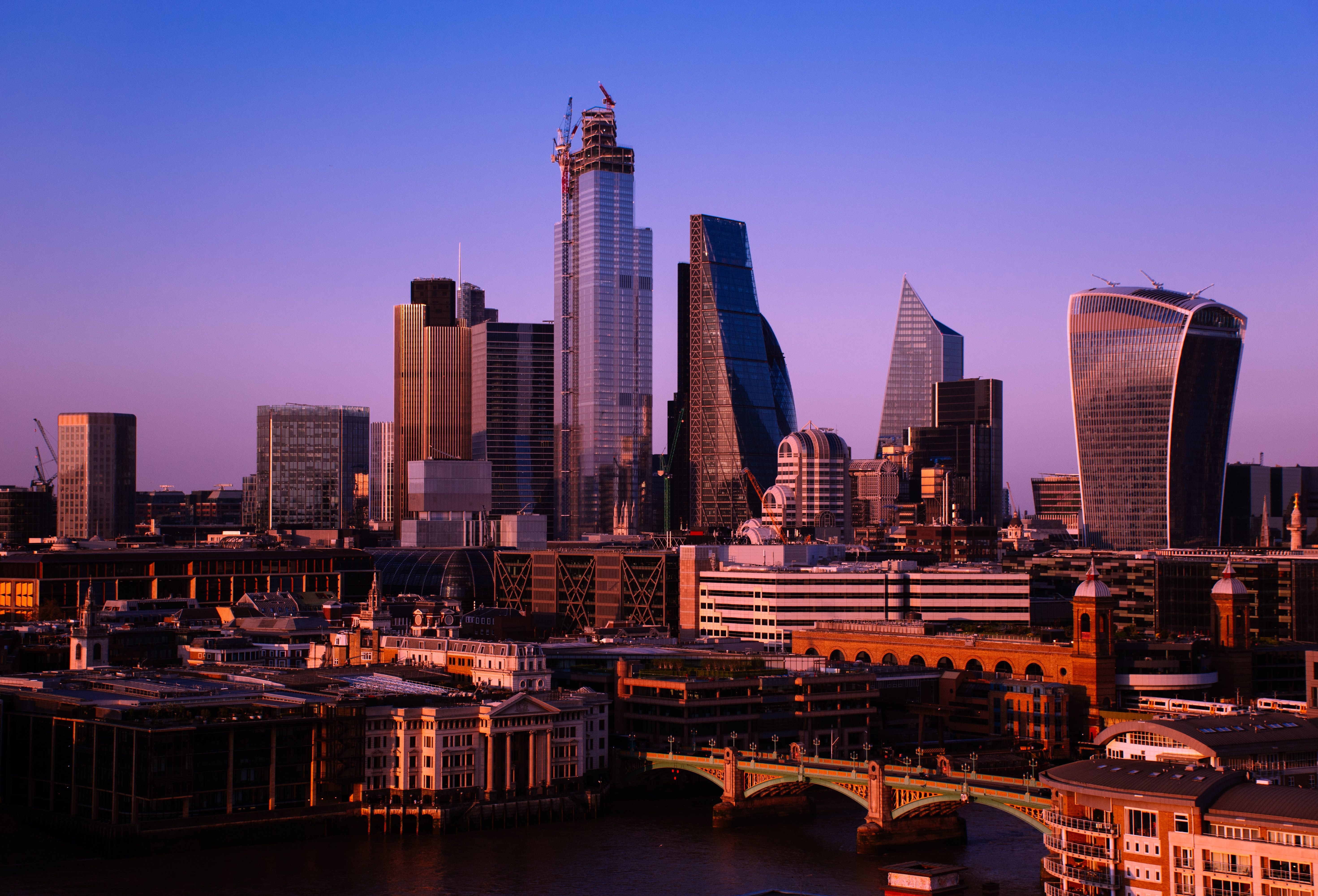 82436 Screensavers and Wallpapers London for phone. Download Cities, Architecture, London, City, Building, Tower, Modern, England pictures for free