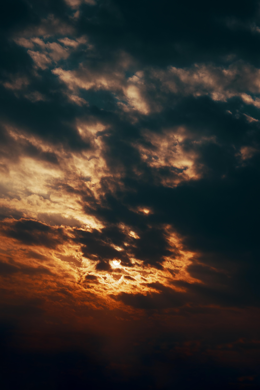 90014 скачать обои Темные, Небо, Облака, Прятать, Закат, Солнце - заставки и картинки бесплатно