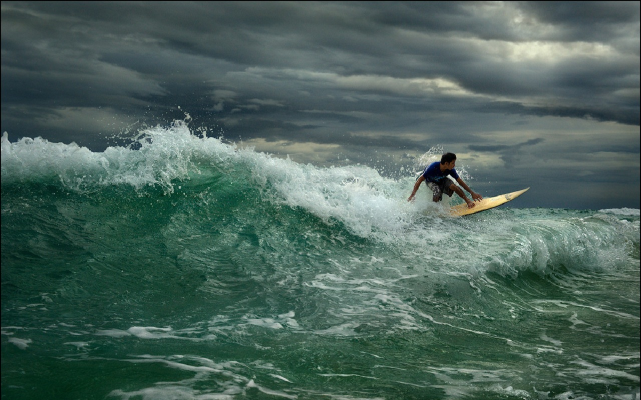 28083 download wallpaper Sports, Landscape, People, Sea, Men, Waves, Serfing screensavers and pictures for free