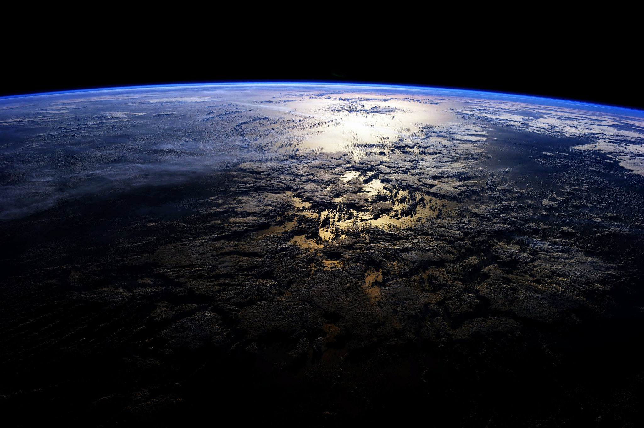 81795 download wallpaper Universe, Dark, Surface, Planet, Islands screensavers and pictures for free