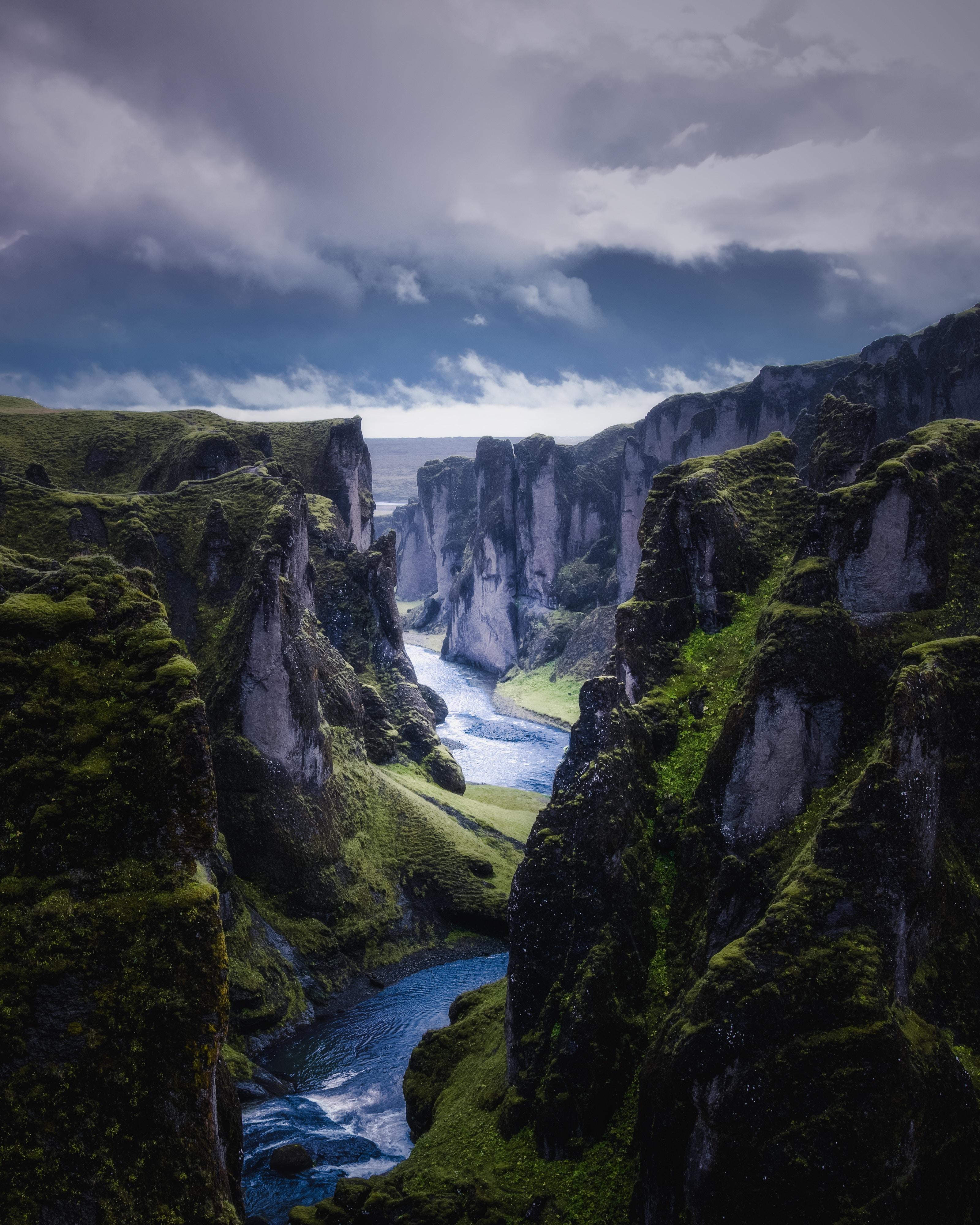 133176 Hintergrundbild herunterladen Flüsse, Natur, Sky, Felsen, Die Steine, Fließen, Fluss - Bildschirmschoner und Bilder kostenlos