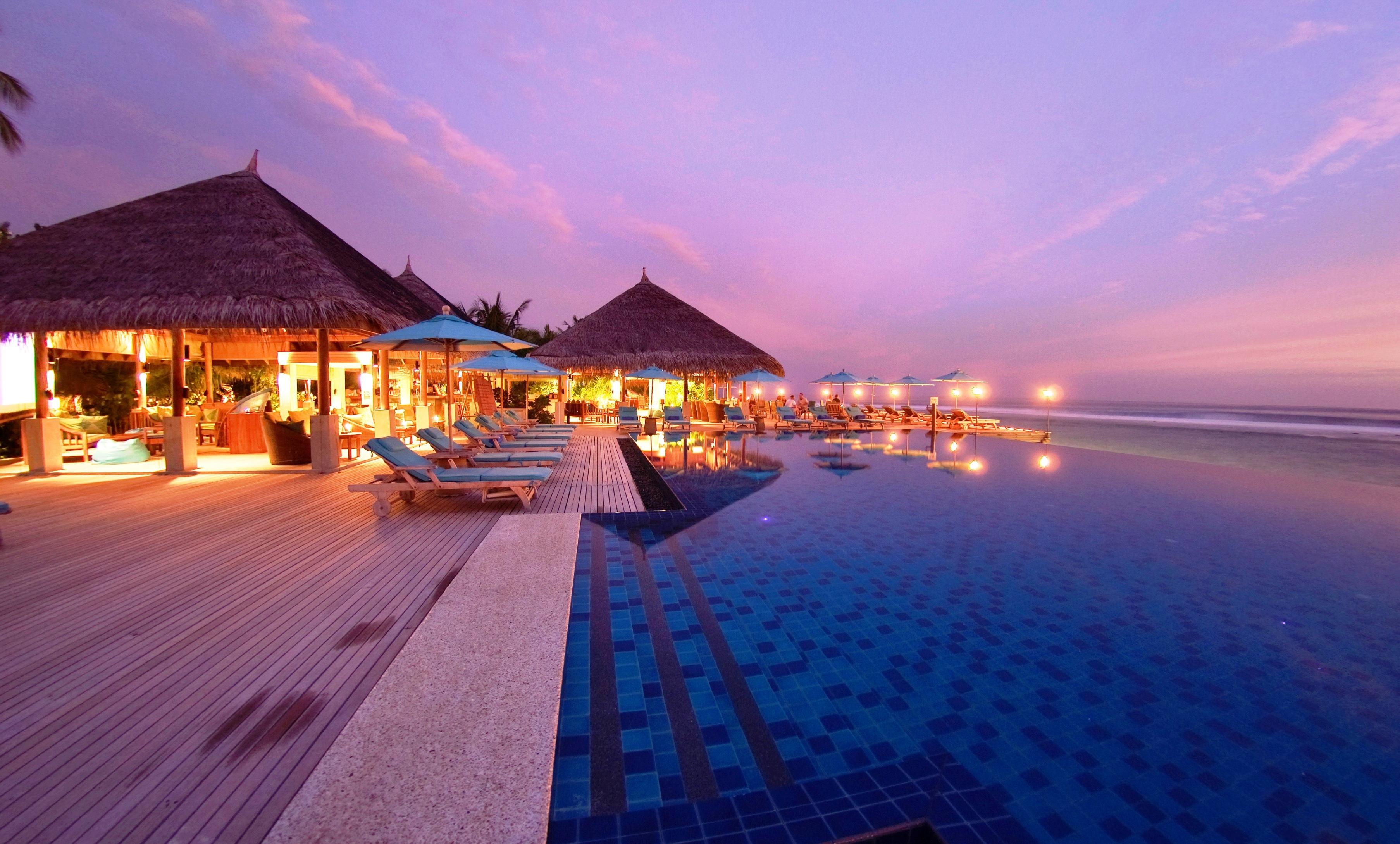 157791 скачать обои Пляж, Мальдивы, Разное, Вечер, Тропики, Курорт - заставки и картинки бесплатно