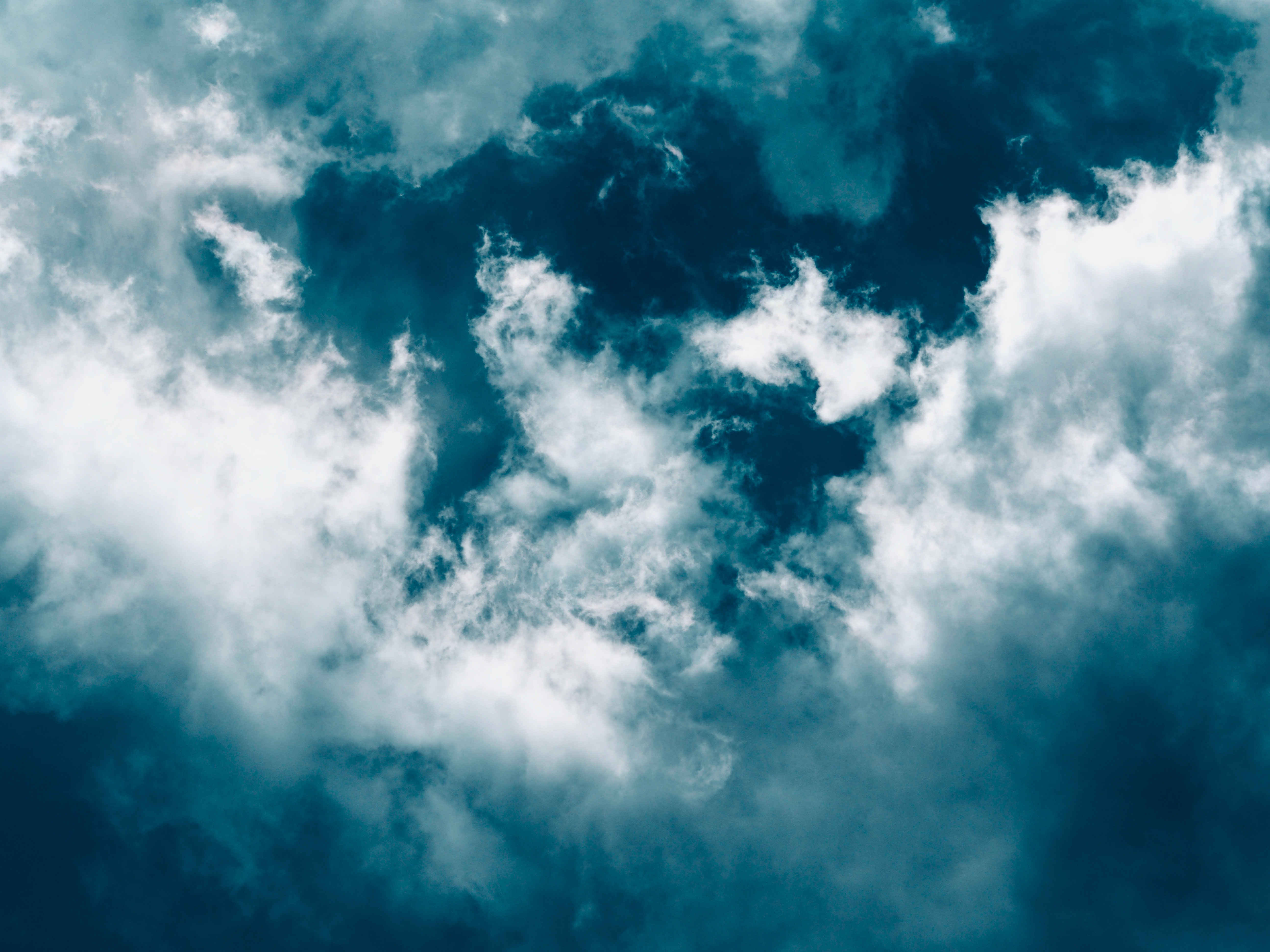 100562 скачать обои Облака, Природа, Небо, Голубой, Белый, Пористый - заставки и картинки бесплатно