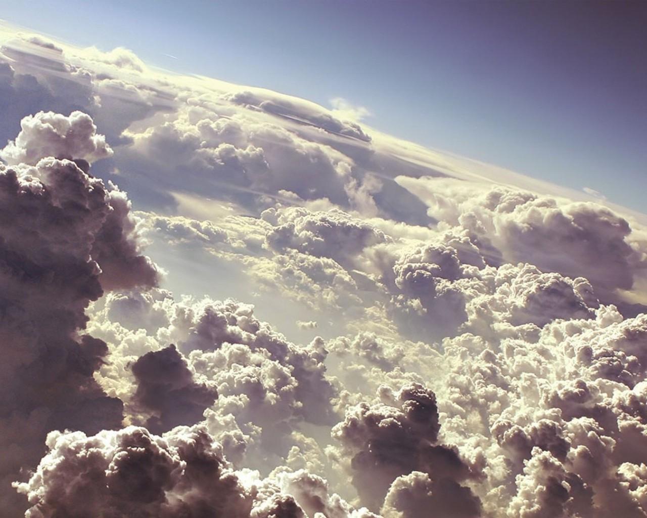 Скачать картинку Небо, Облака, Пейзаж в телефон бесплатно.