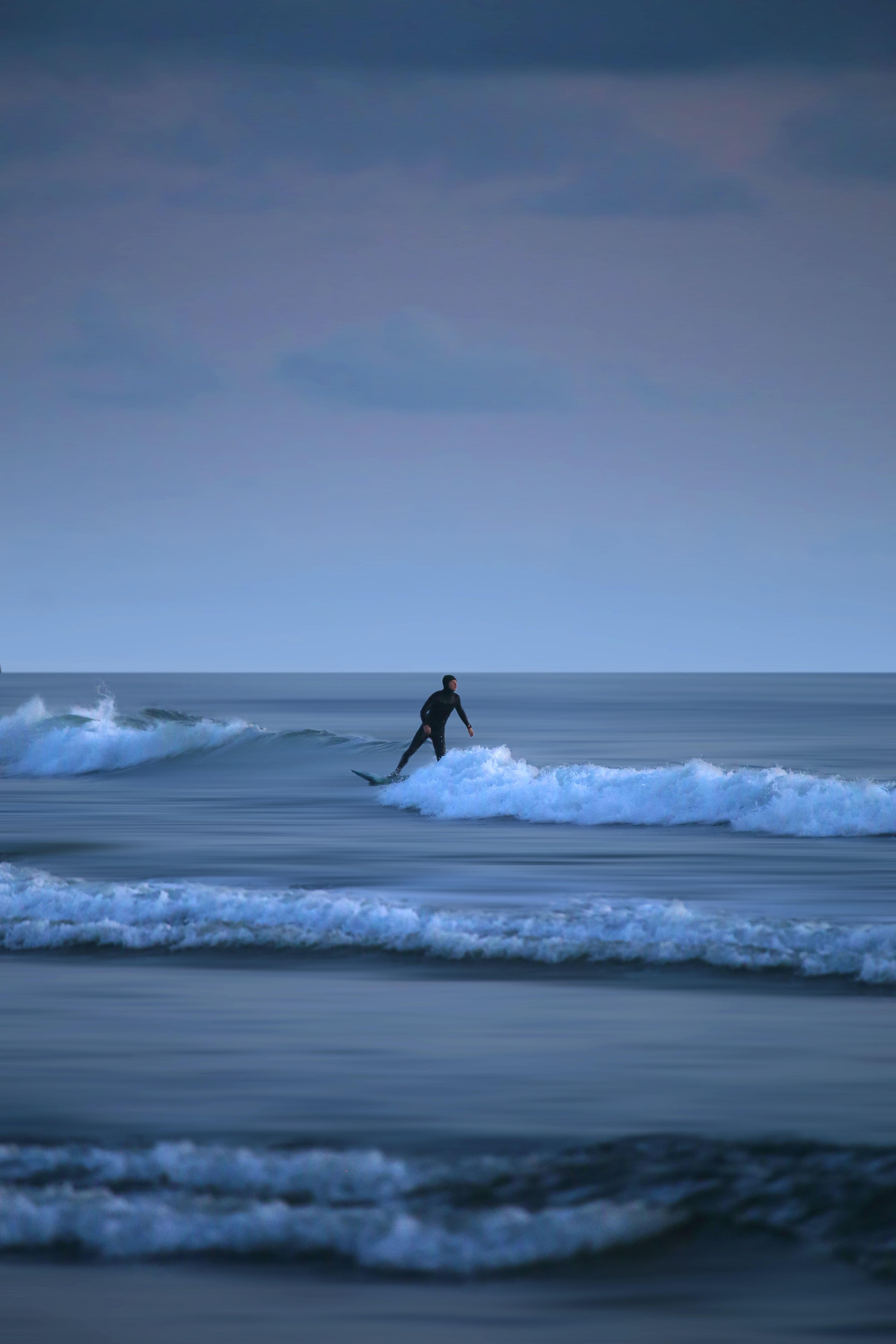 52695 скачать обои Спорт, Серфинг, Море, Доска, Горизонт, Волны - заставки и картинки бесплатно