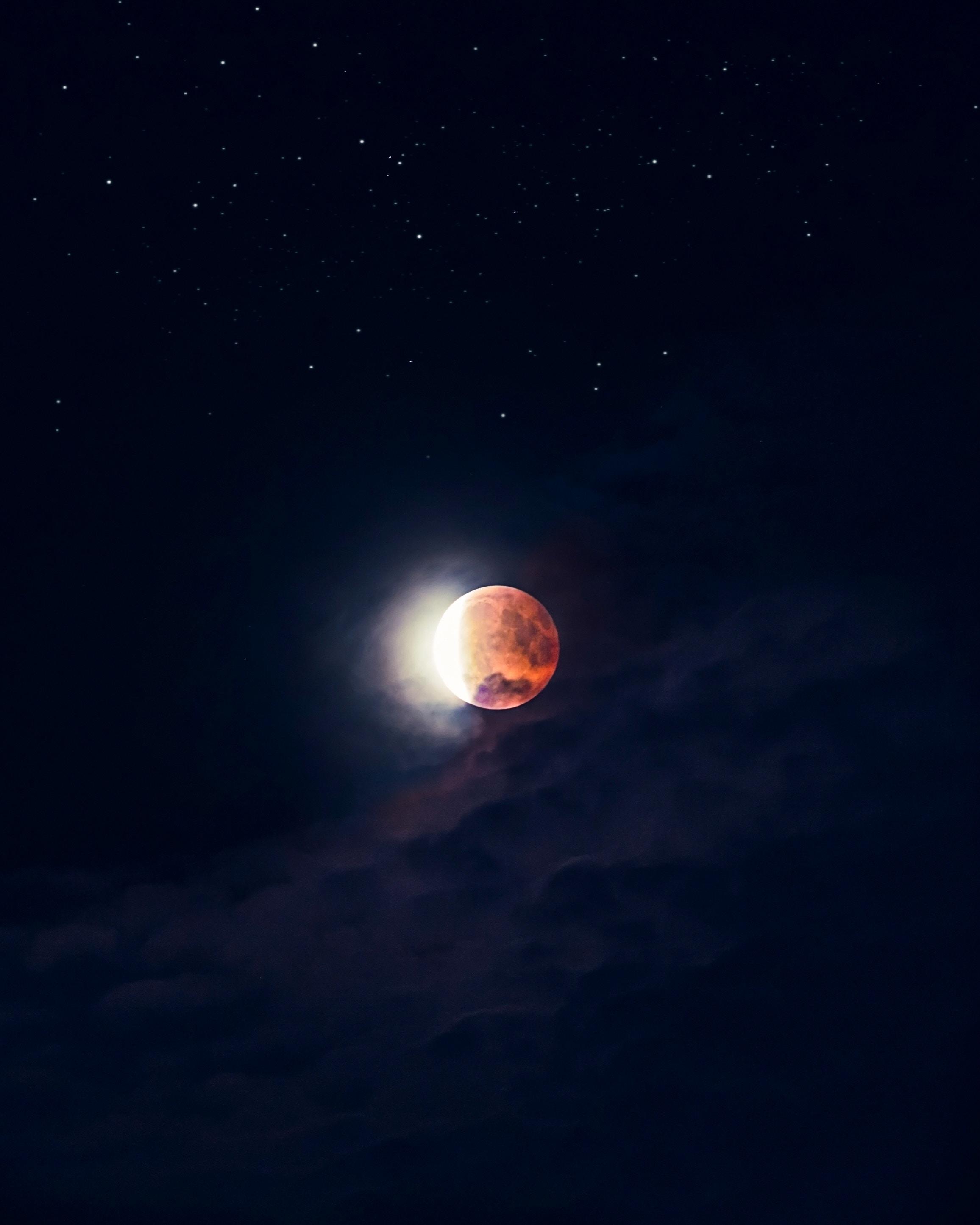 63876 Hintergrundbild 480x800 kostenlos auf deinem Handy, lade Bilder Sky, Universum, Sterne, Übernachtung, Mond, Dunkel, Vollmond, Roter Mond, Red Moon 480x800 auf dein Handy herunter