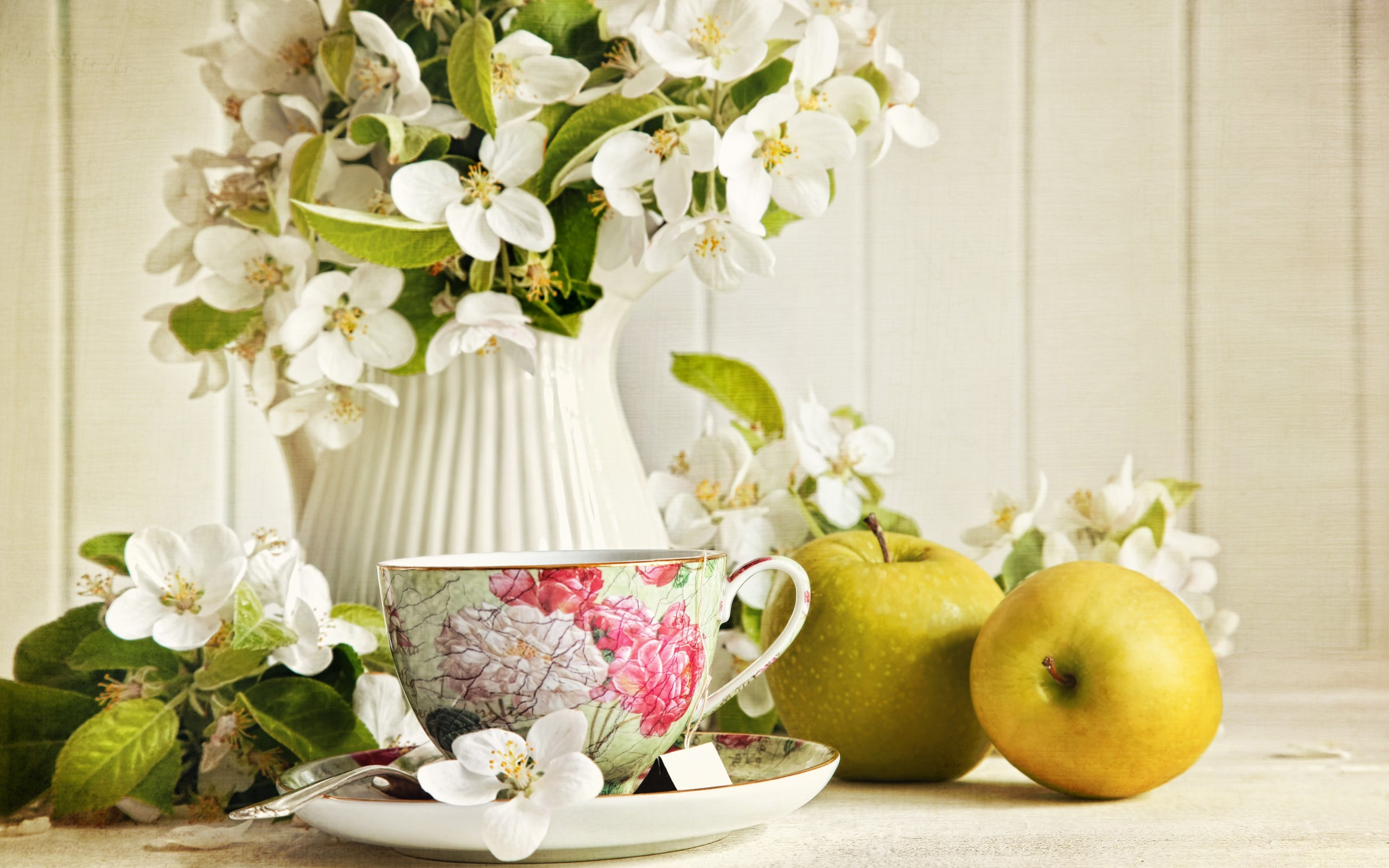 24993 скачать обои Растения, Цветы, Яблоки, Чашки, Букеты, Натюрморт - заставки и картинки бесплатно