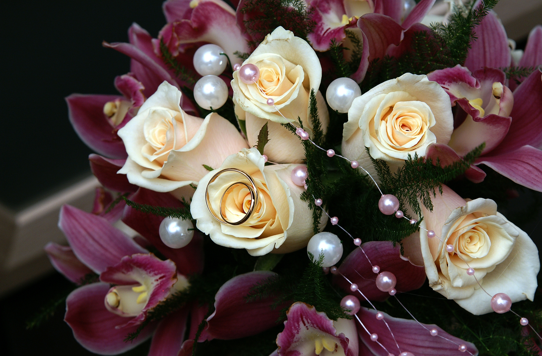 67050 download wallpaper Flowers, Roses, Lilies, Wedding, Rings, Beads, Bouquet, Happiness, Joy screensavers and pictures for free