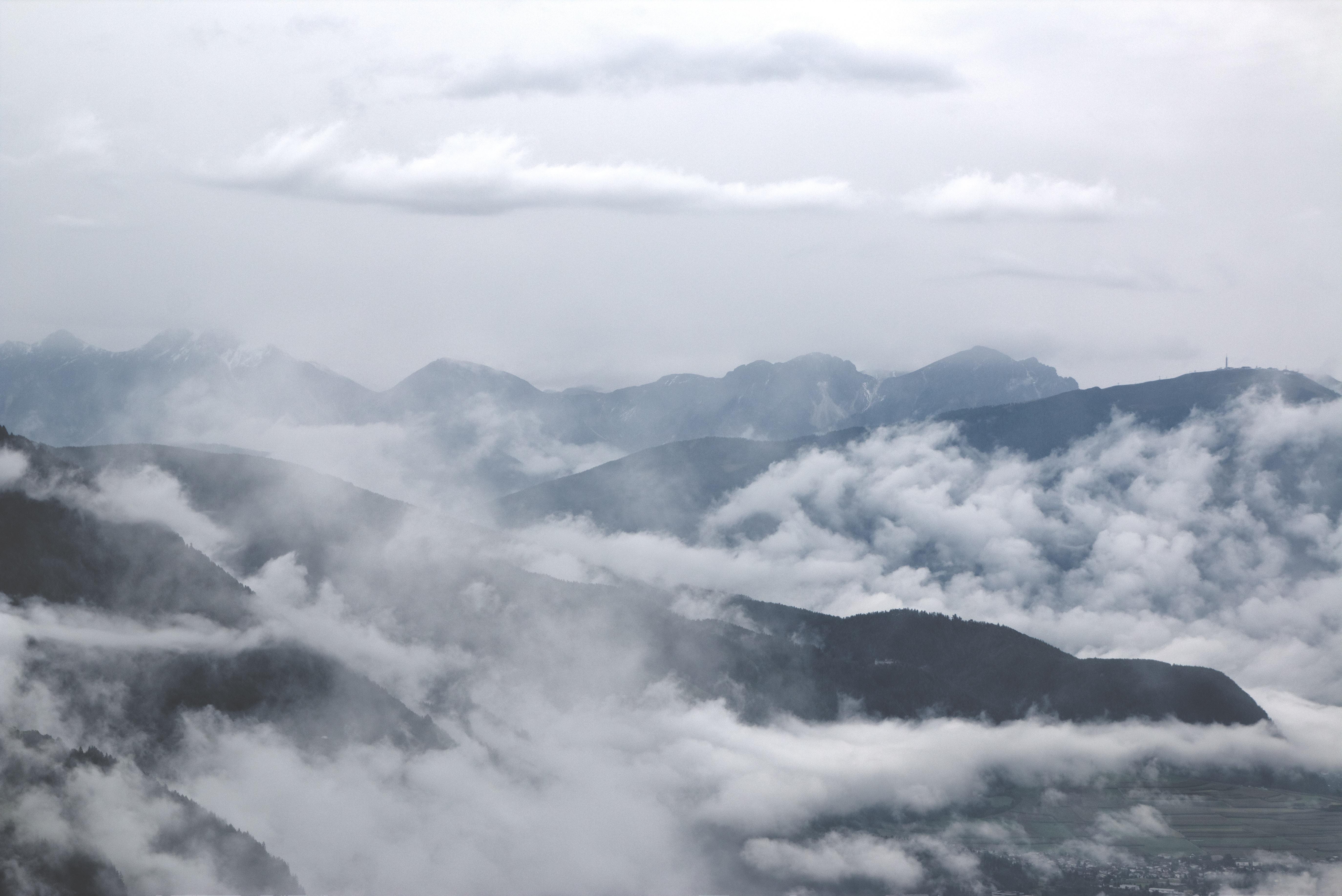 63229 скачать обои Природа, Облака, Туман, Горы - заставки и картинки бесплатно