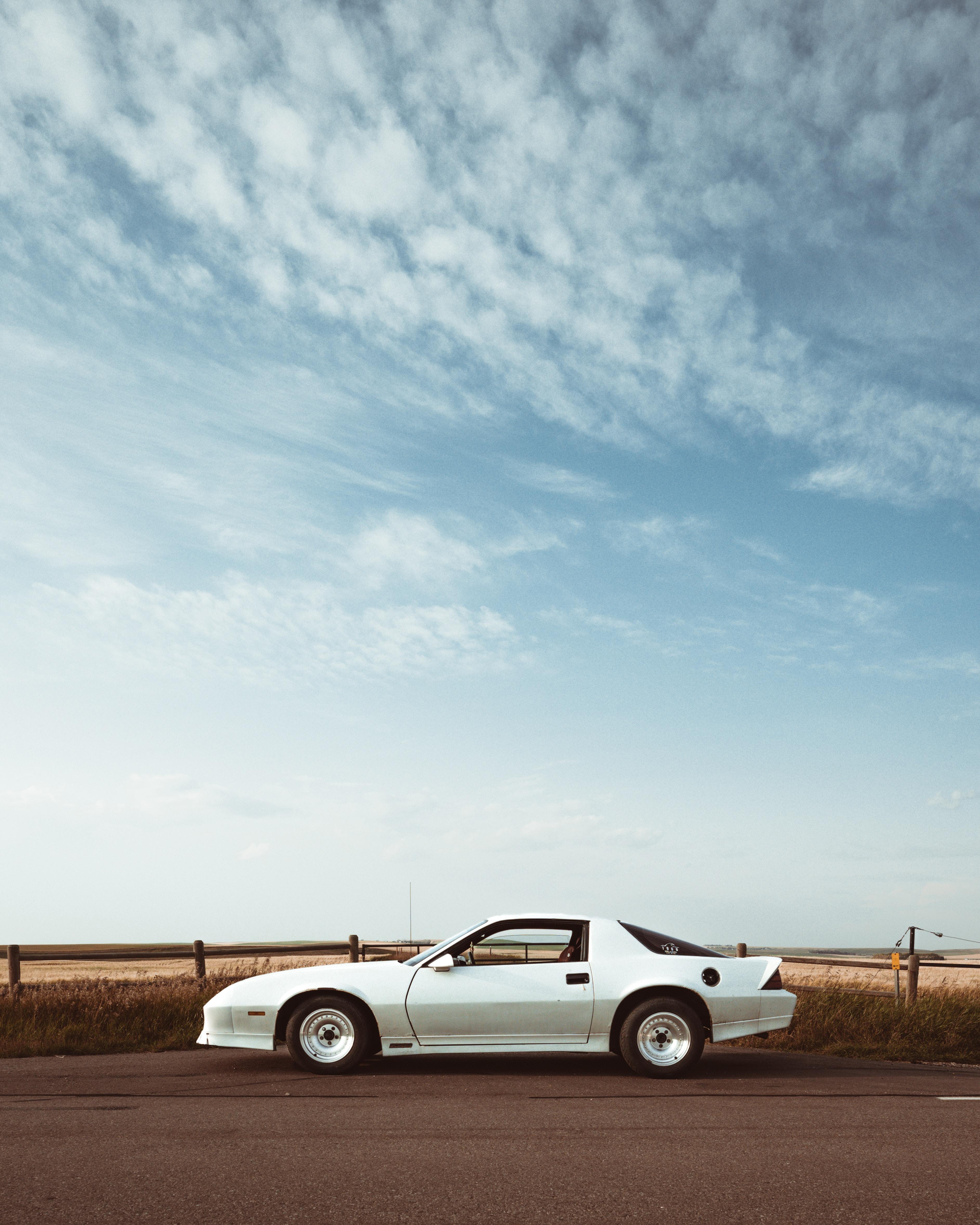 152899 скачать обои Тачки (Cars), Chevrolet Camaro, Шевроле (Chevrolet), Автомобиль, Вид Сбоку, Белый - заставки и картинки бесплатно