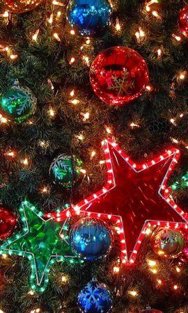 156267 descargar fondo de pantalla Vacaciones, Decoraciones De Navidad, Juguetes De Árbol De Navidad, Pelotas, Bolas, Guirnaldas, Guirnalda, Árbol De Navidad, Día Festivo, Estrellas: protectores de pantalla e imágenes gratis