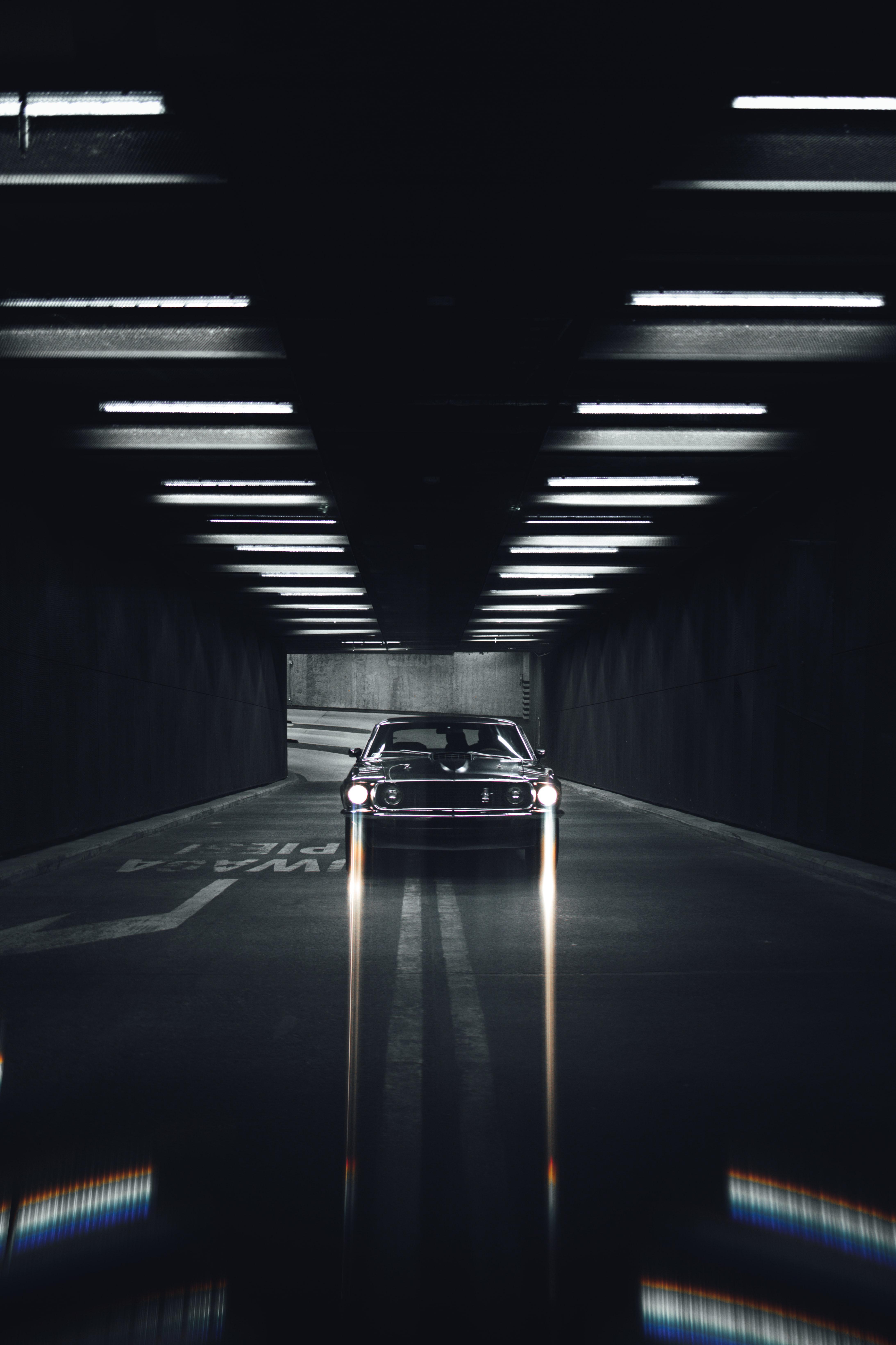 137053 скачать обои Мустанг (Mustang), Тачки (Cars), Дорога, Автомобиль, Черный, Тоннель - заставки и картинки бесплатно