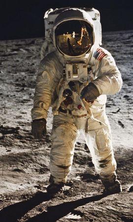 21675 скачать обои Пейзаж, Люди, Космос, Мужчины, Луна - заставки и картинки бесплатно