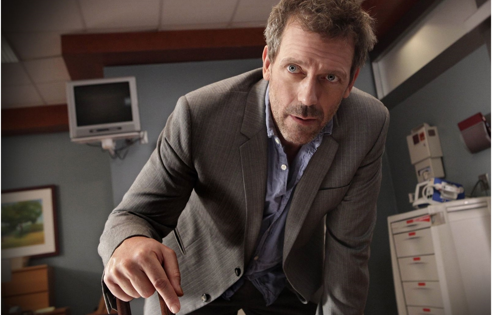 840 download wallpaper Cinema, Actors, Men, House M.d., Hugh Laurie screensavers and pictures for free