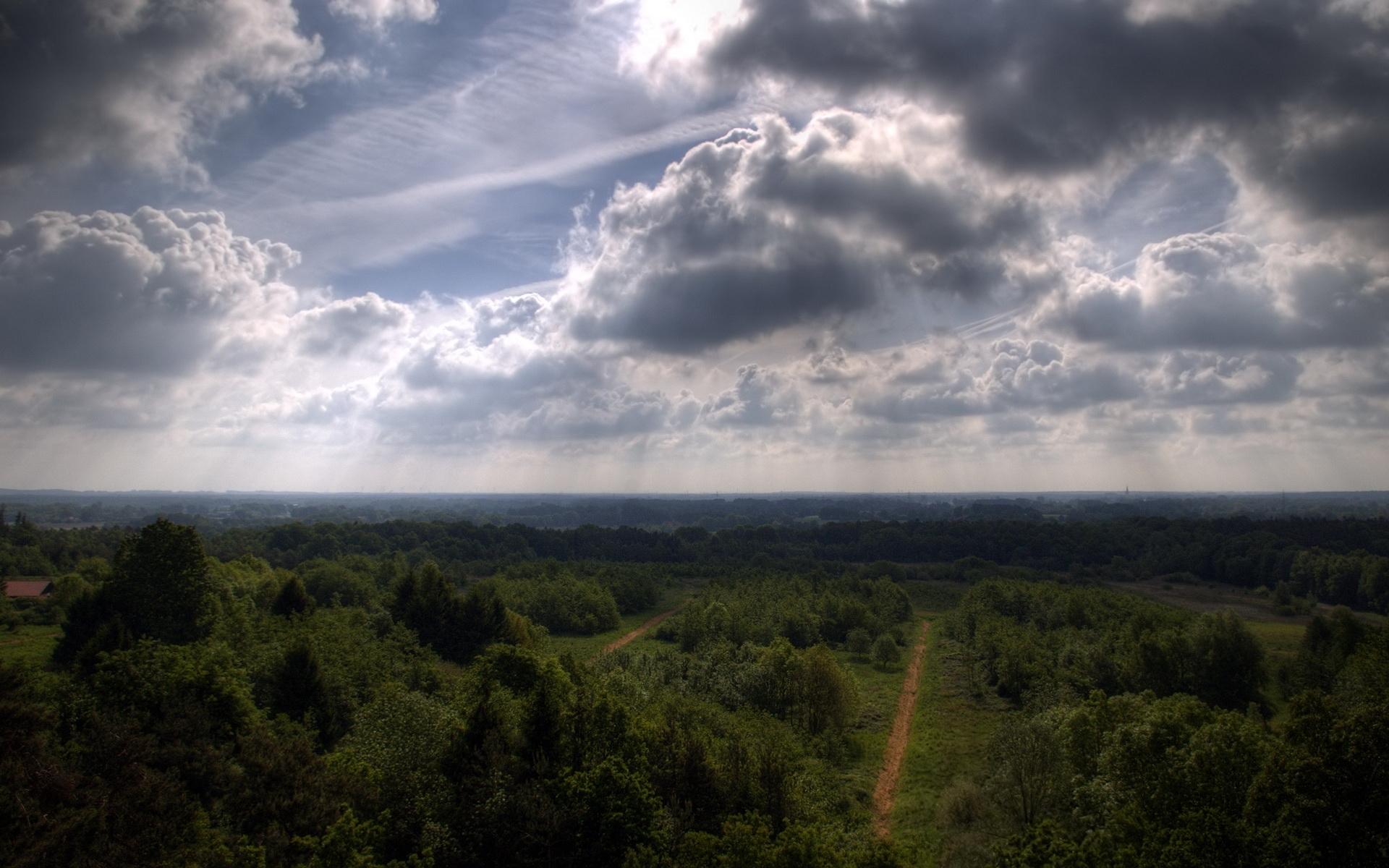Скачать картинку Фон, Небо, Облака в телефон бесплатно.