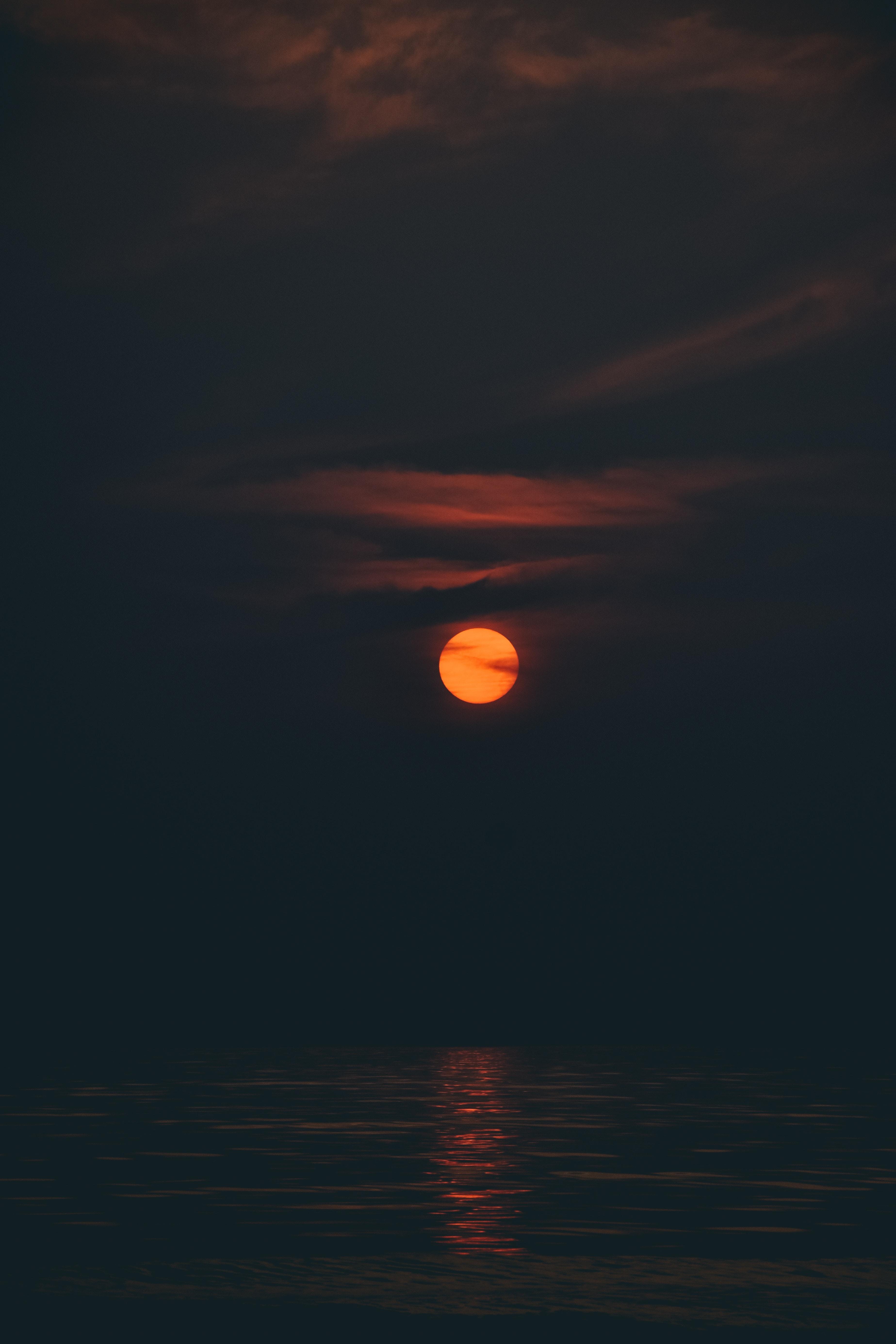 89992 Screensavers and Wallpapers Dark for phone. Download Dark, Ocean, Moon, Sunset, Night, Sky, Mumbai pictures for free