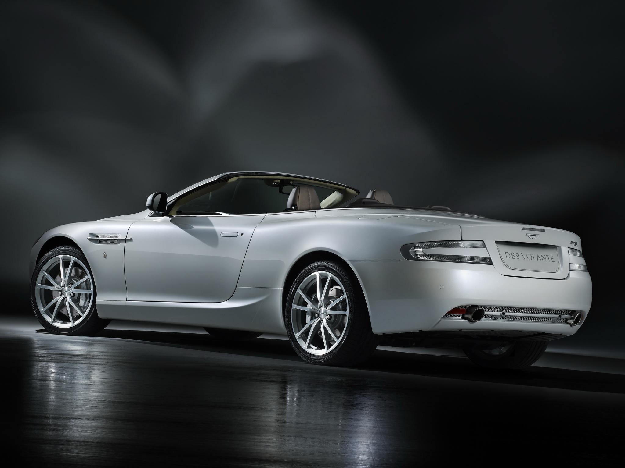 92077 скачать обои Машины, Астон Мартин (Aston Martin), Тачки (Cars), Отражение, Белый, Вид Сбоку, Стиль, Db9, 2010 - заставки и картинки бесплатно