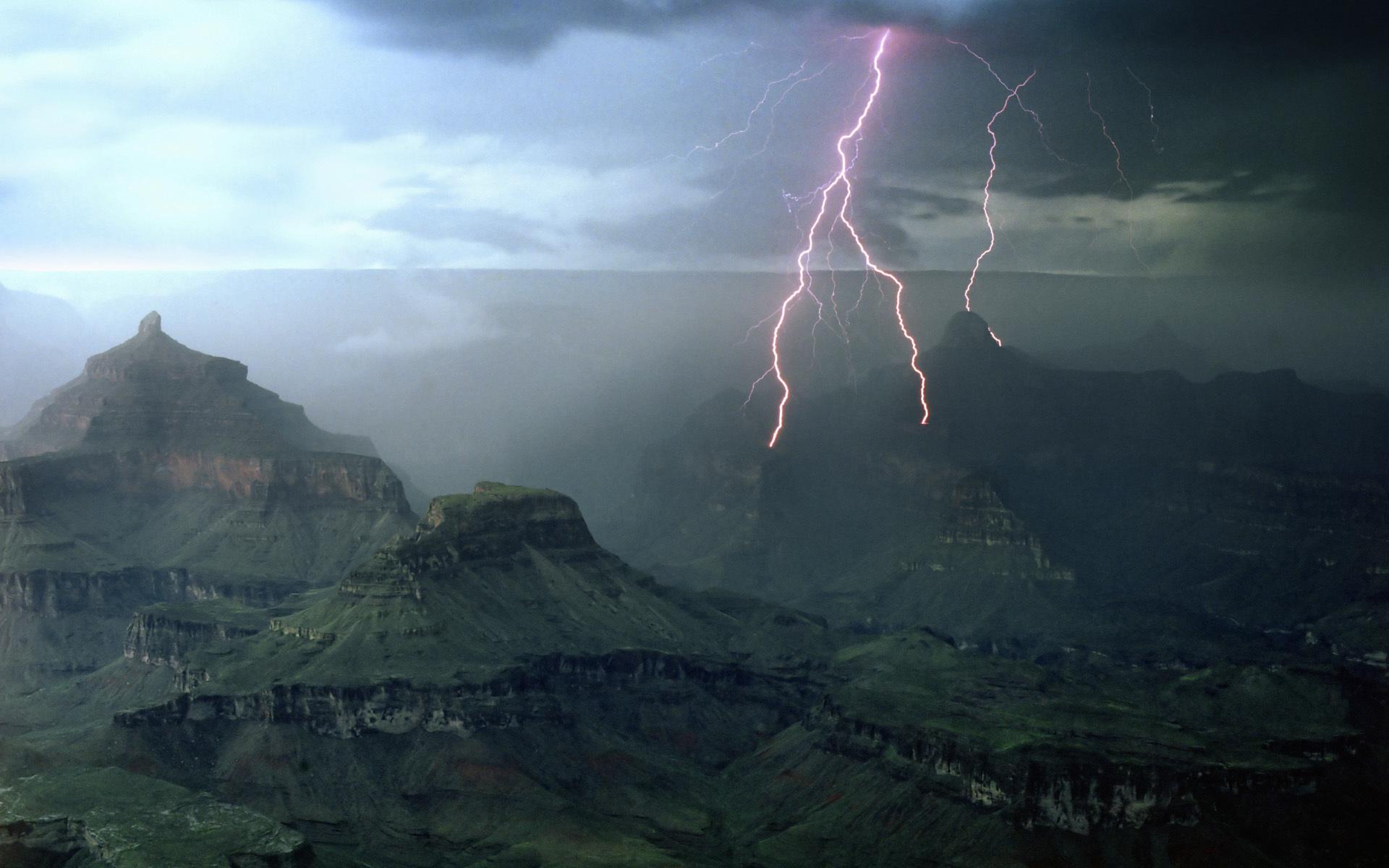 35384 скачать обои Пейзаж, Горы, Молнии - заставки и картинки бесплатно