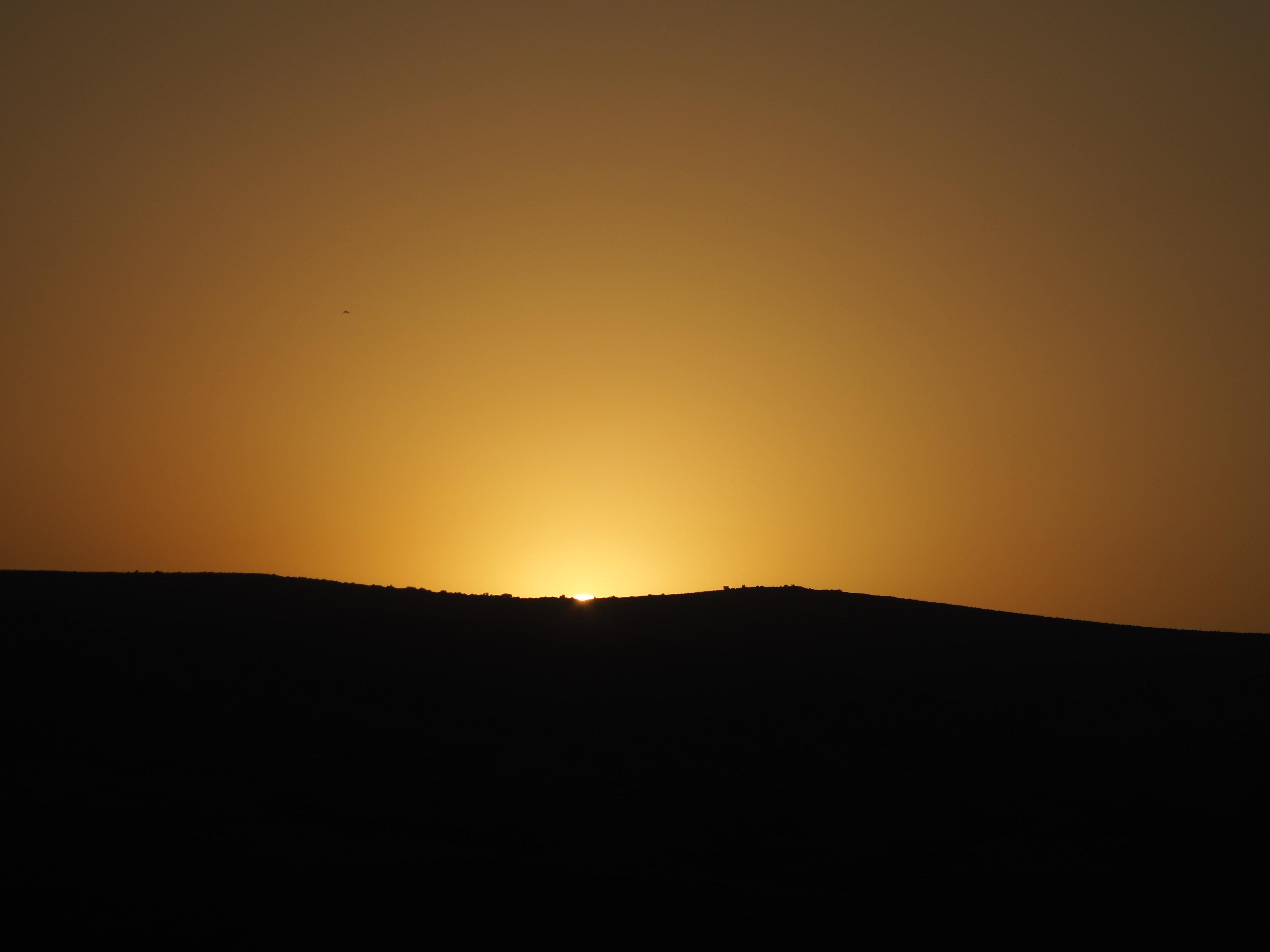 152725 скачать обои Темные, Закат, Горизонт, Небо, Солнце - заставки и картинки бесплатно