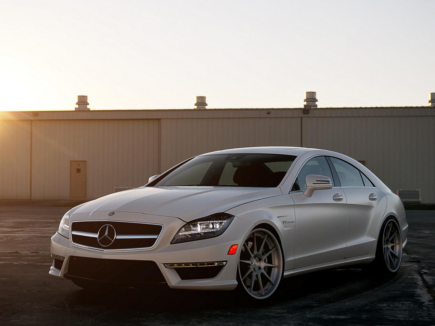 32515 скачать обои Транспорт, Машины, Мерседес (Mercedes) - заставки и картинки бесплатно