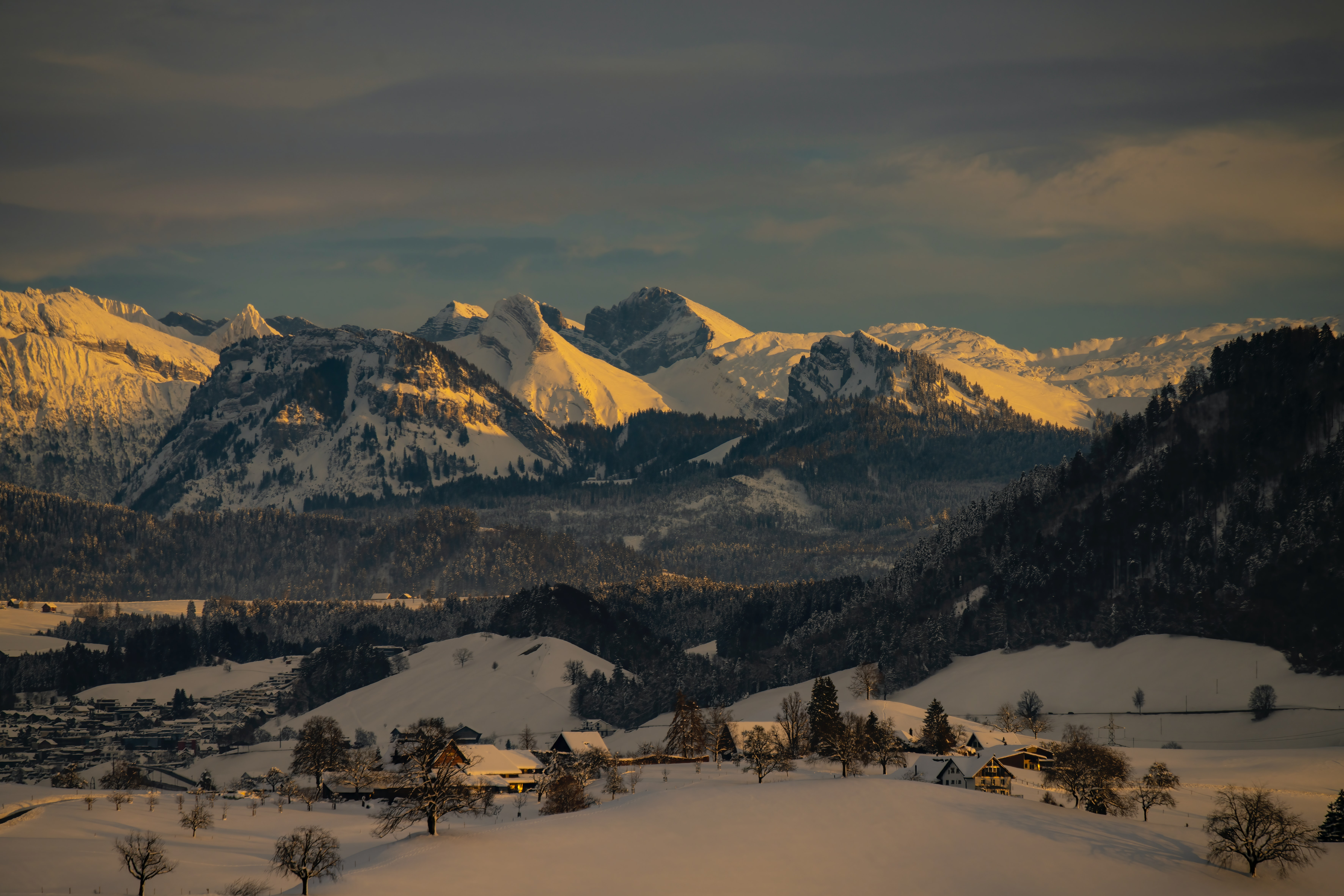 59381 download wallpaper Snow, Houses, Winter, Nature, Mountains screensavers and pictures for free