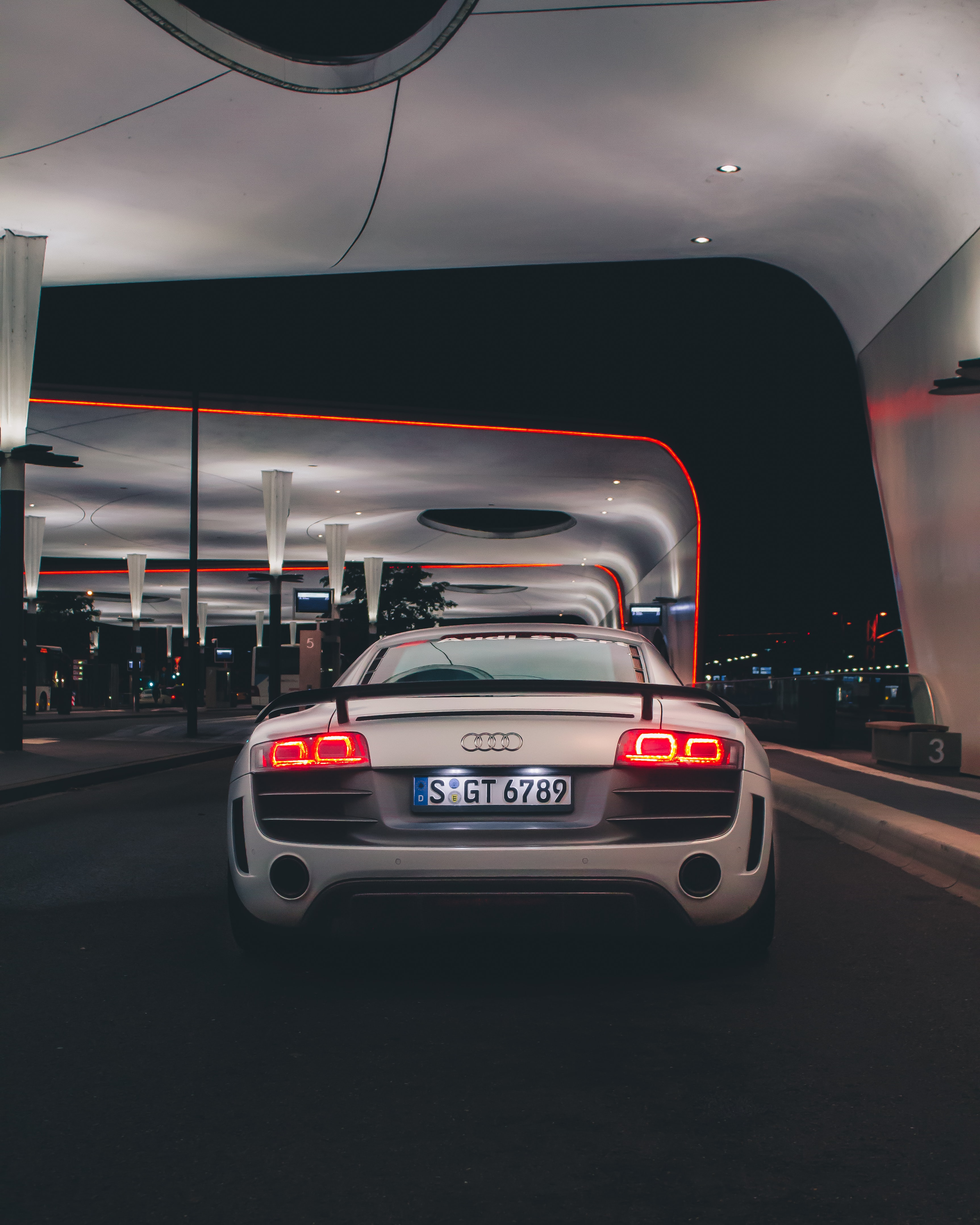 141937 download wallpaper Sports, Audi, Cars, Lights, Car, Sports Car, Back View, Rear View, Headlights screensavers and pictures for free