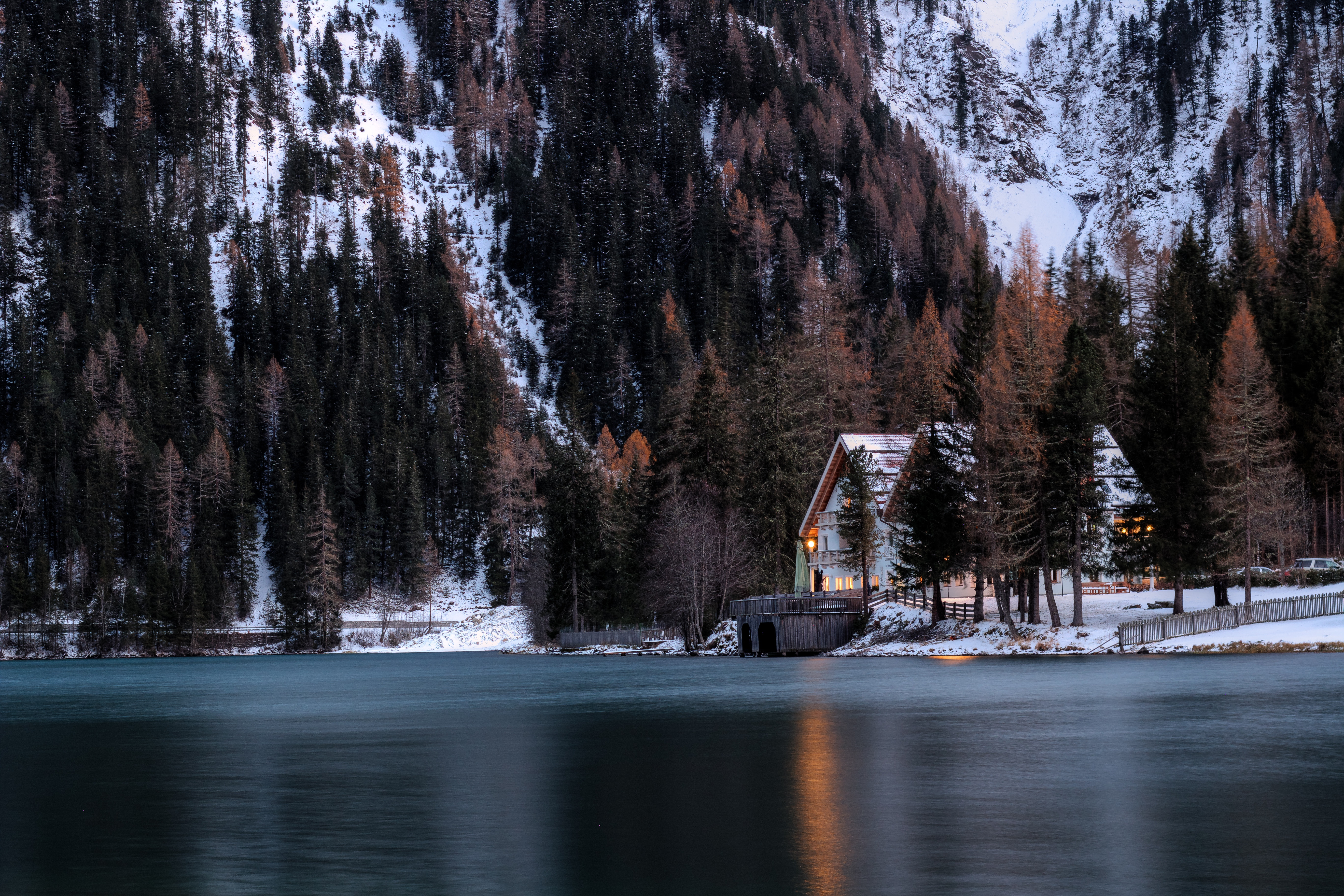 123571 download wallpaper Snow, Nature, Mountains, Forest, Small House, Lodge screensavers and pictures for free