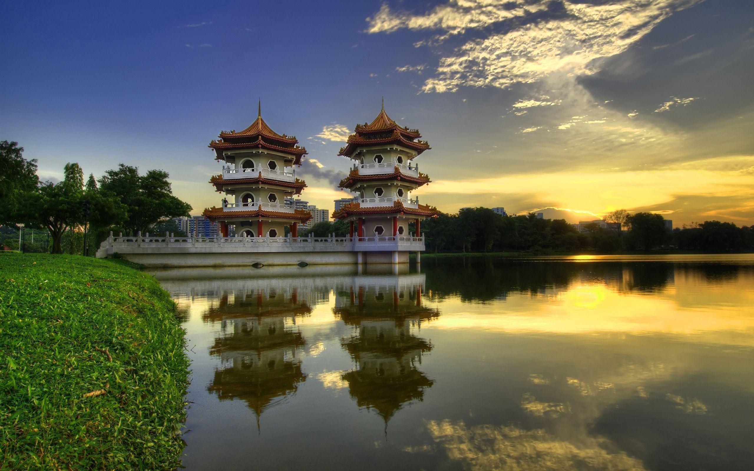 139932 скачать обои Природа, Китай, Строения, Озеро, Отражение, Утро, Берег, Архитектура - заставки и картинки бесплатно