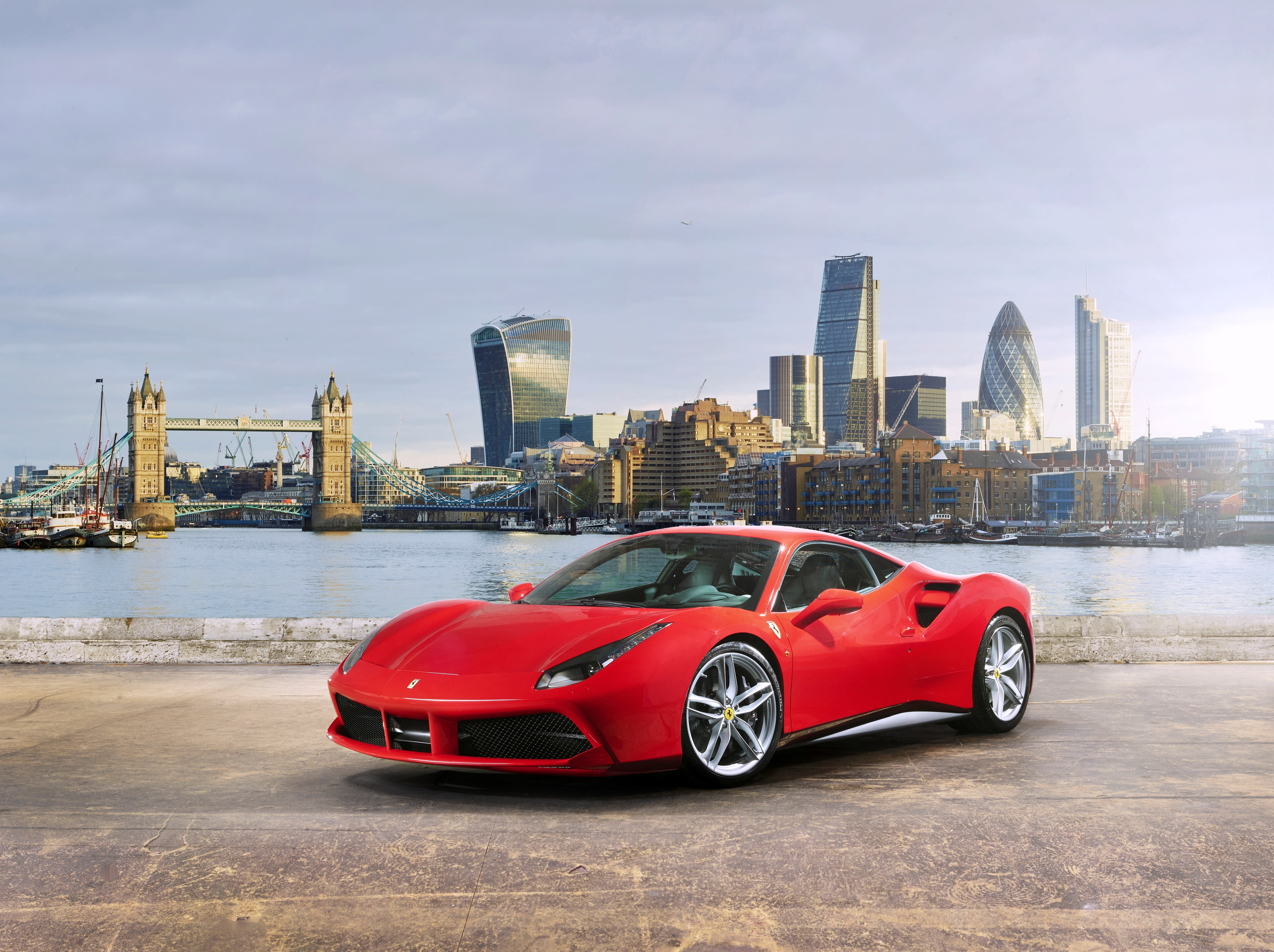 102052 download wallpaper Cars, Ferrari, 488 Gtb, Side View screensavers and pictures for free
