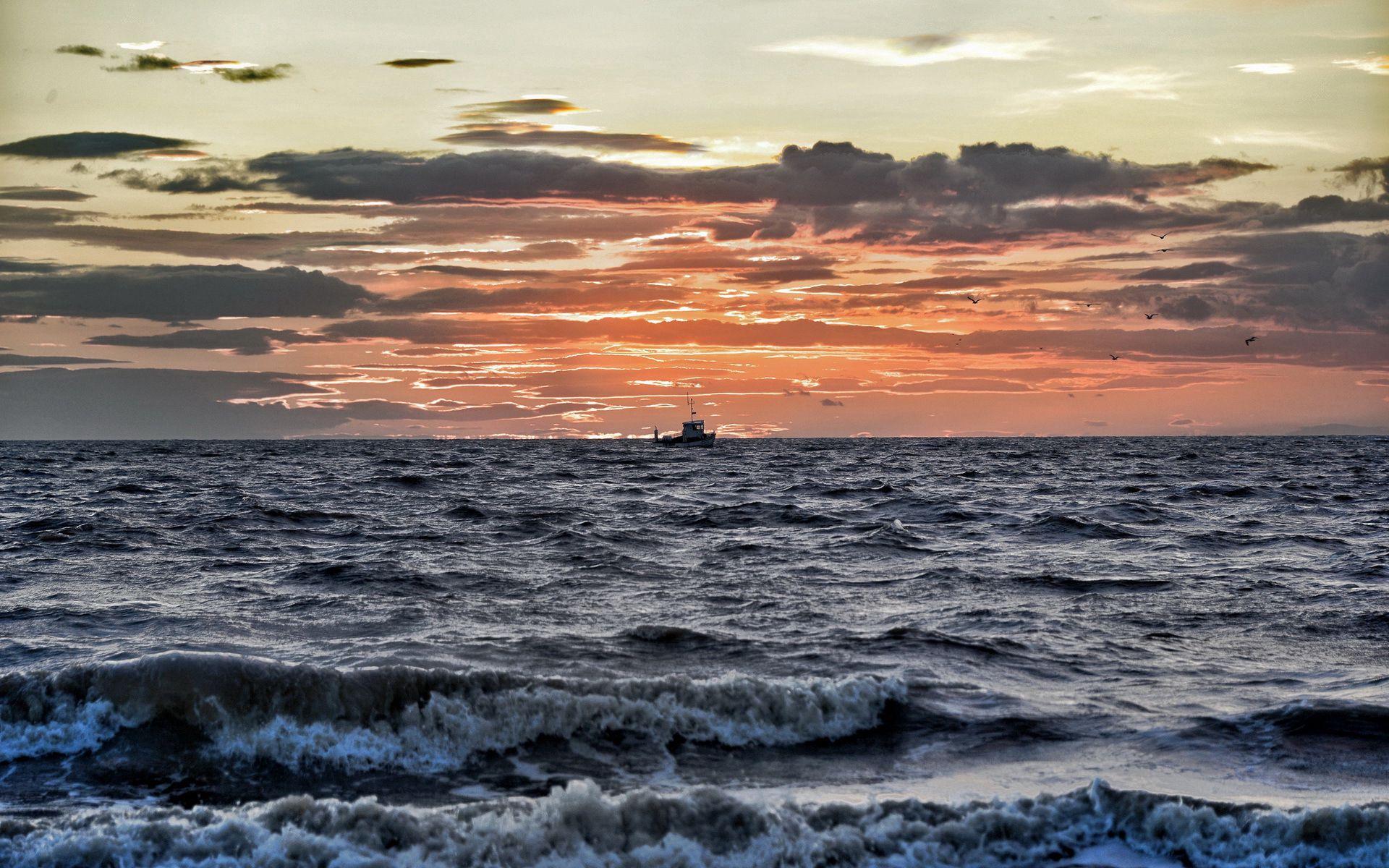 110546 Заставки и Обои Волны на телефон. Скачать Природа, Море, Небо, Горизонт, Волны картинки бесплатно