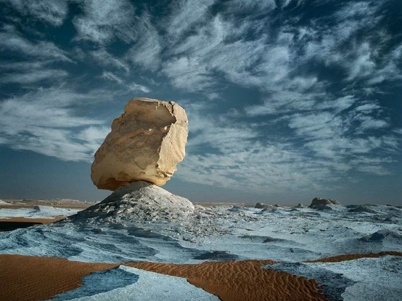 26463 download wallpaper Landscape, Stones, Clouds, Desert screensavers and pictures for free