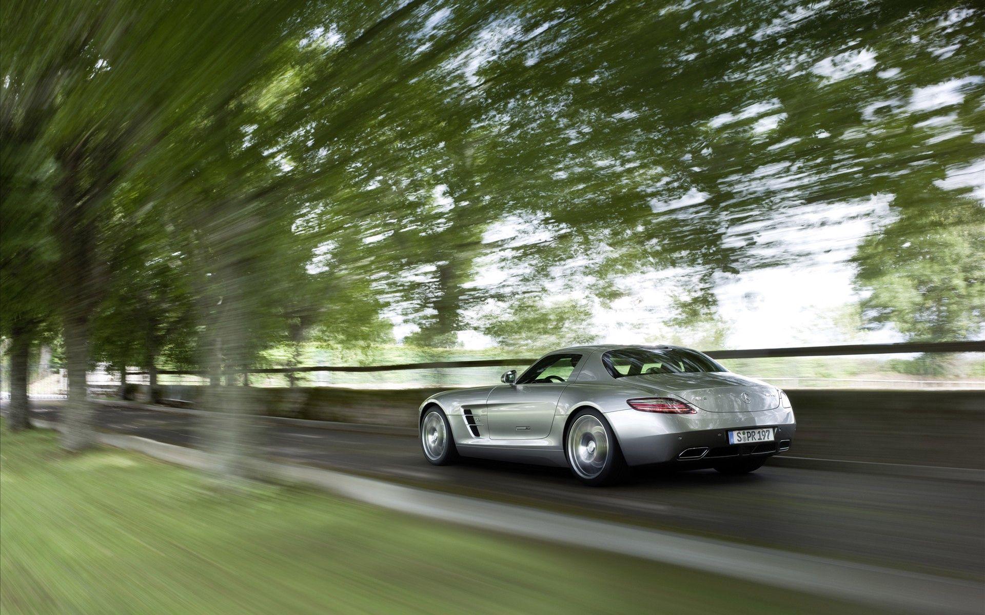 87240 скачать обои Мерседес (Mercedes), Тачки (Cars), Скорость, Amg, Mercedes, Размытый, Sls, Ускорение - заставки и картинки бесплатно
