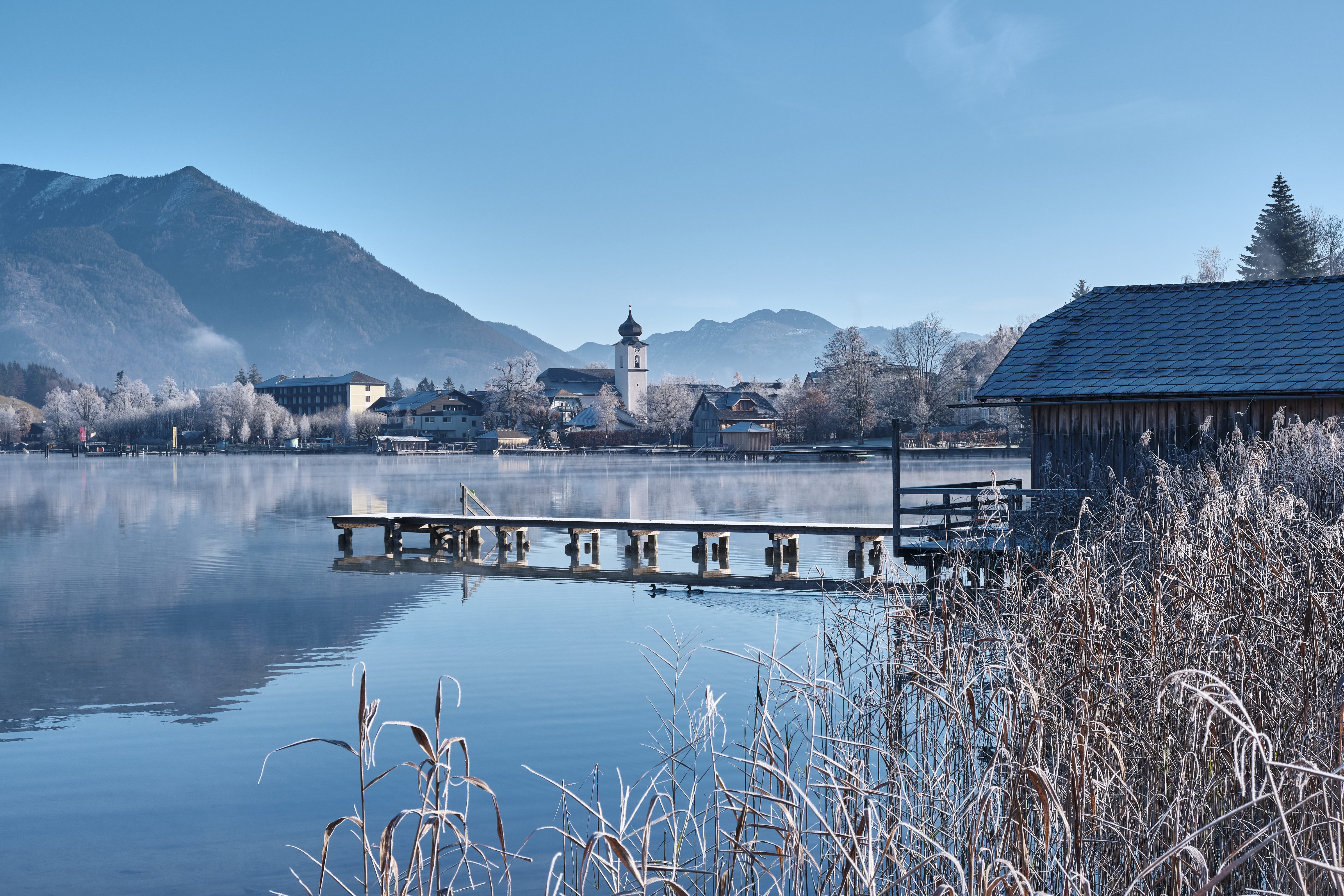 54705 download wallpaper Nature, Lake, Pier, Building, Shore, Bank, Mountains screensavers and pictures for free
