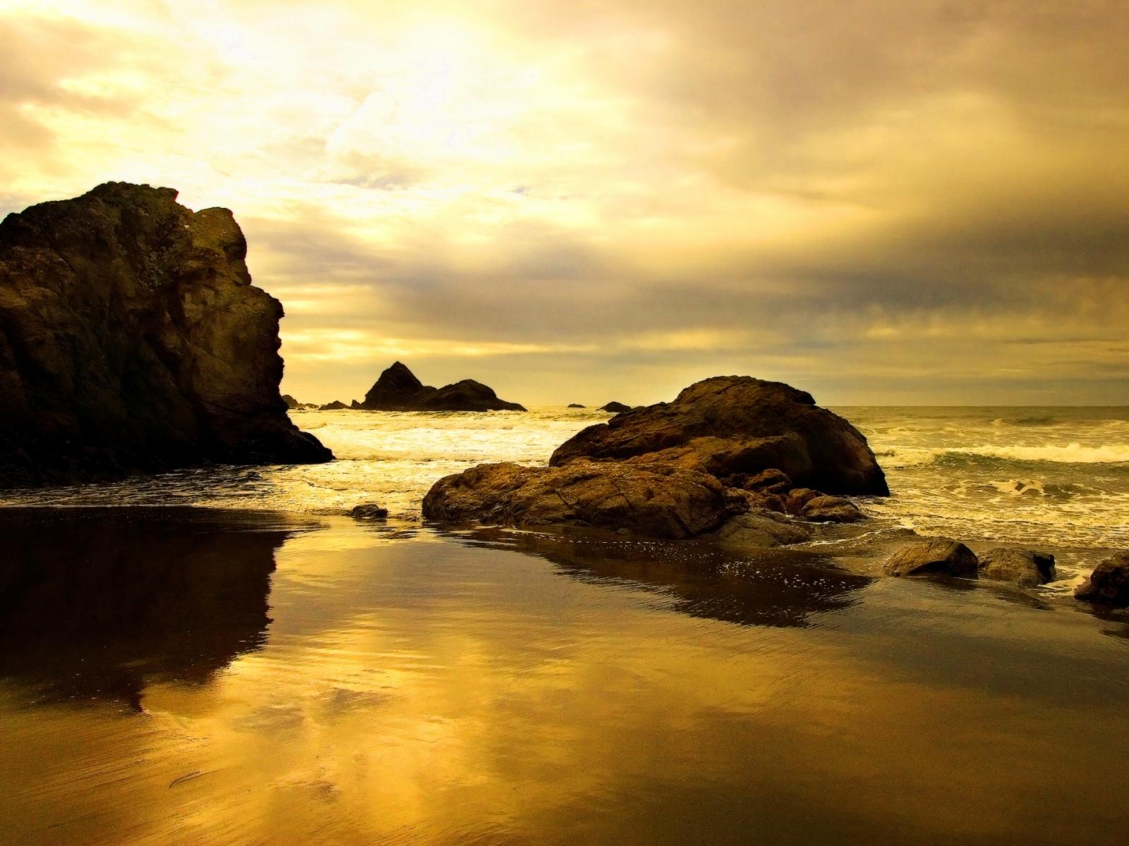 5503 скачать обои Пейзаж, Камни, Небо, Море, Пляж - заставки и картинки бесплатно