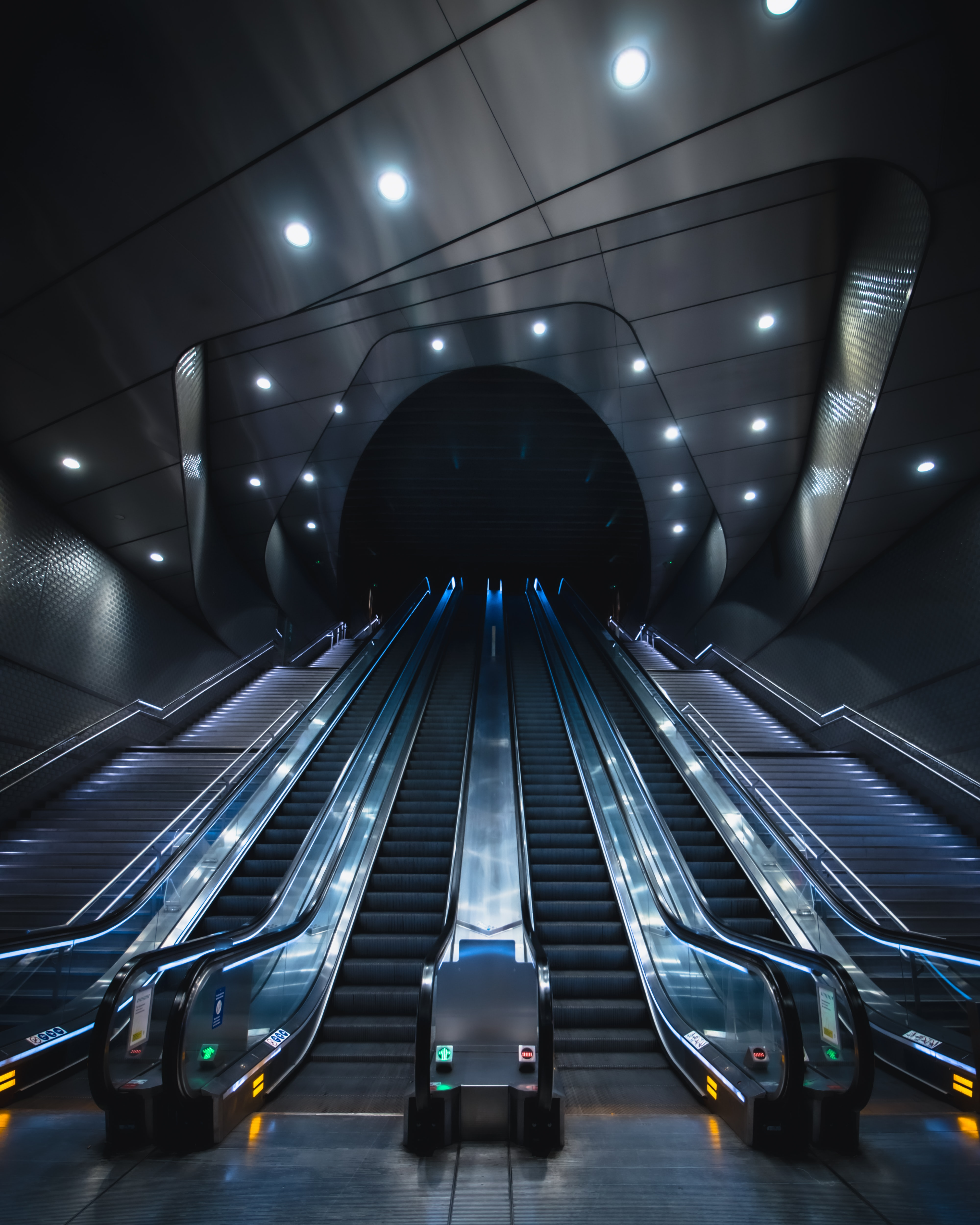 51984 Screensavers and Wallpapers Metro for phone. Download Architecture, Miscellanea, Miscellaneous, Tunnel, Station, Elevator, Metro, Subway pictures for free