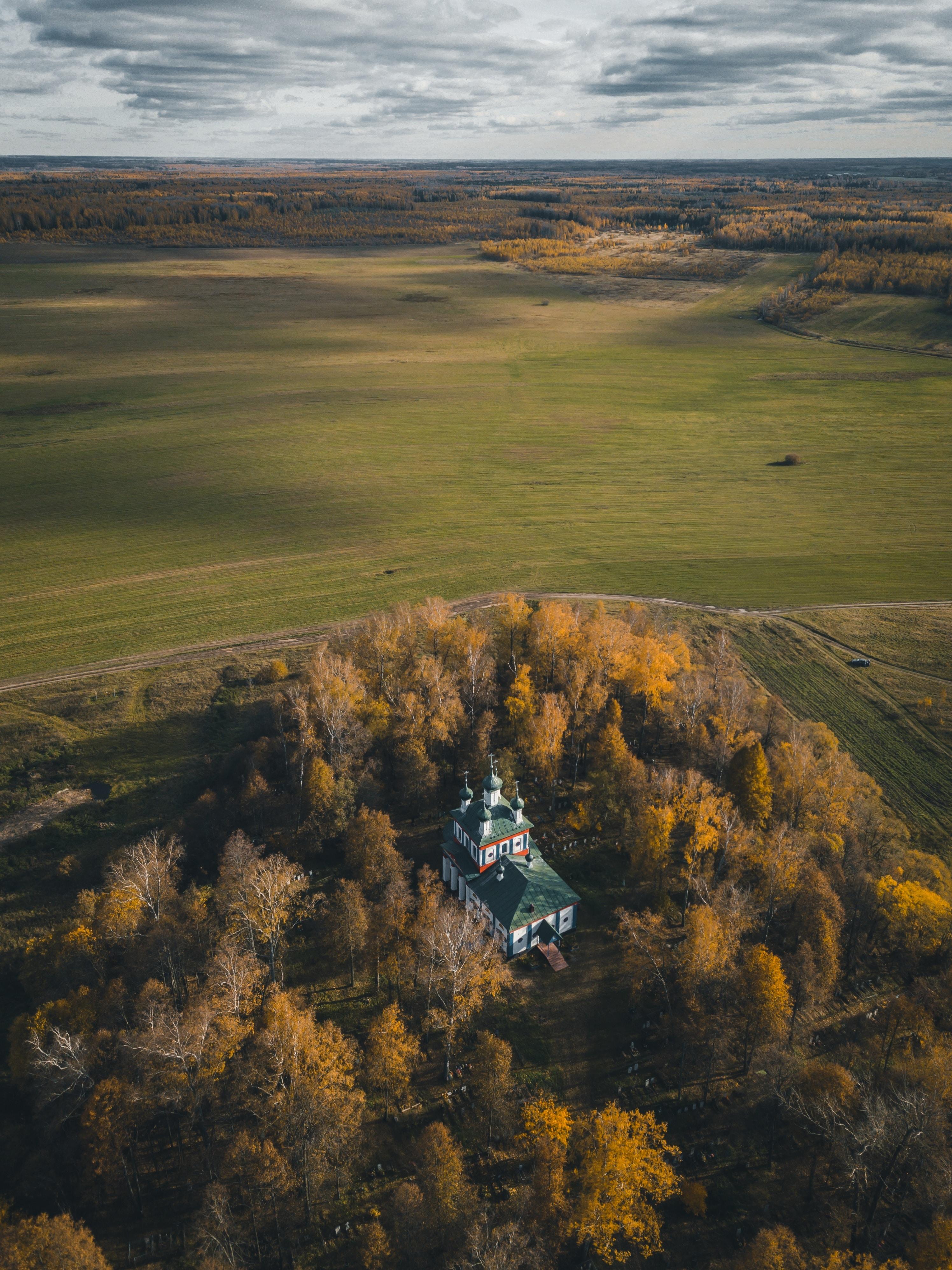 156771 免費下載壁紙 性质, 教会, 教堂, 建造, 建筑, 从上面看, 顶视图, 树, 景观 屏保和圖片