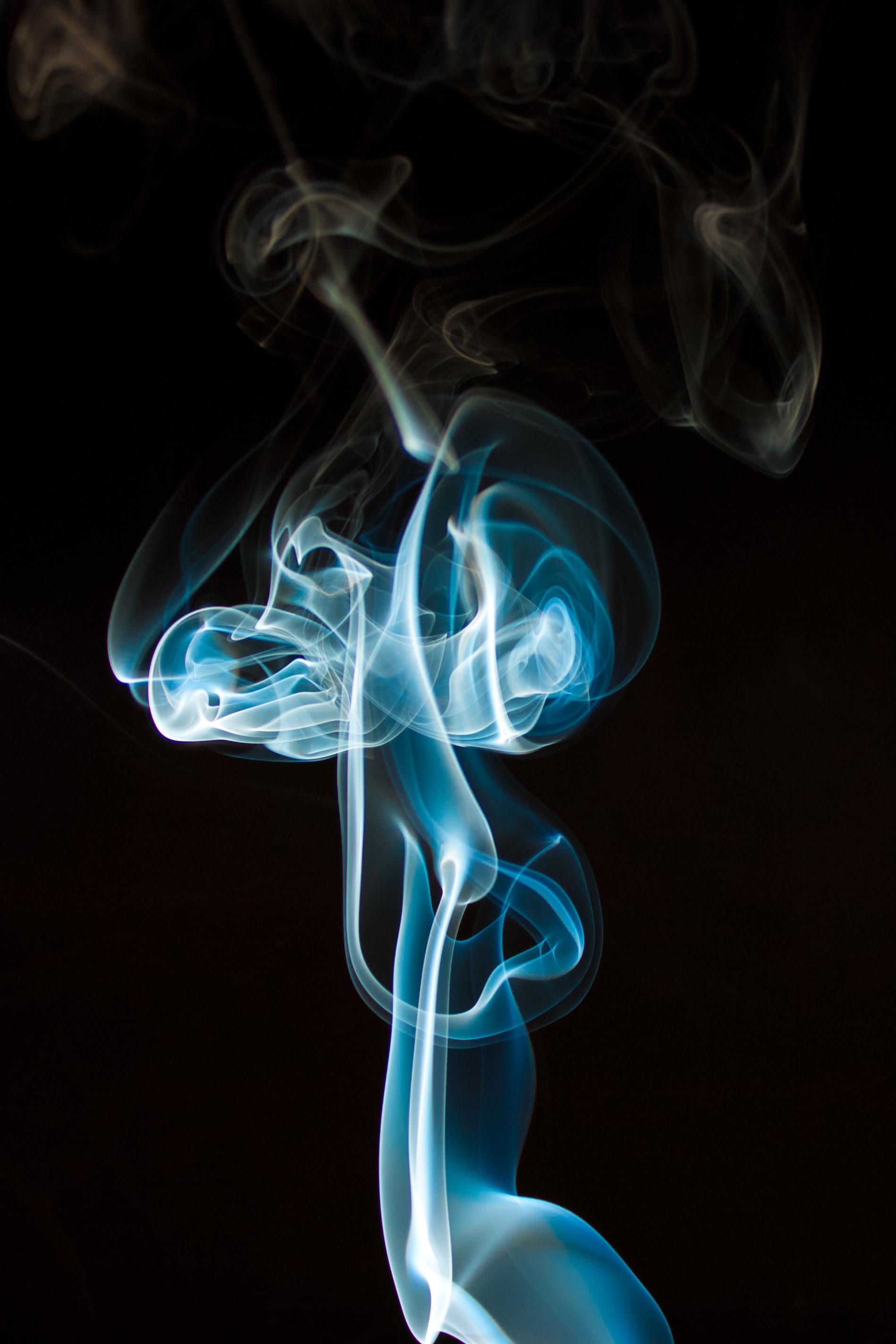 83806 Hintergrundbild herunterladen Hintergrund, Abstrakt, Raucher, Das Schwarze, Wellig - Bildschirmschoner und Bilder kostenlos