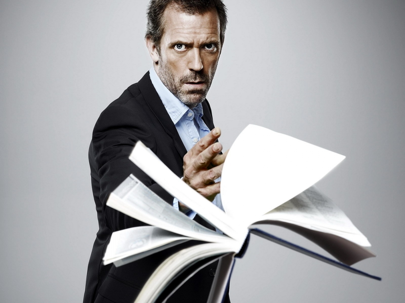 48101 download wallpaper Cinema, People, Men, House M.d., Hugh Laurie screensavers and pictures for free