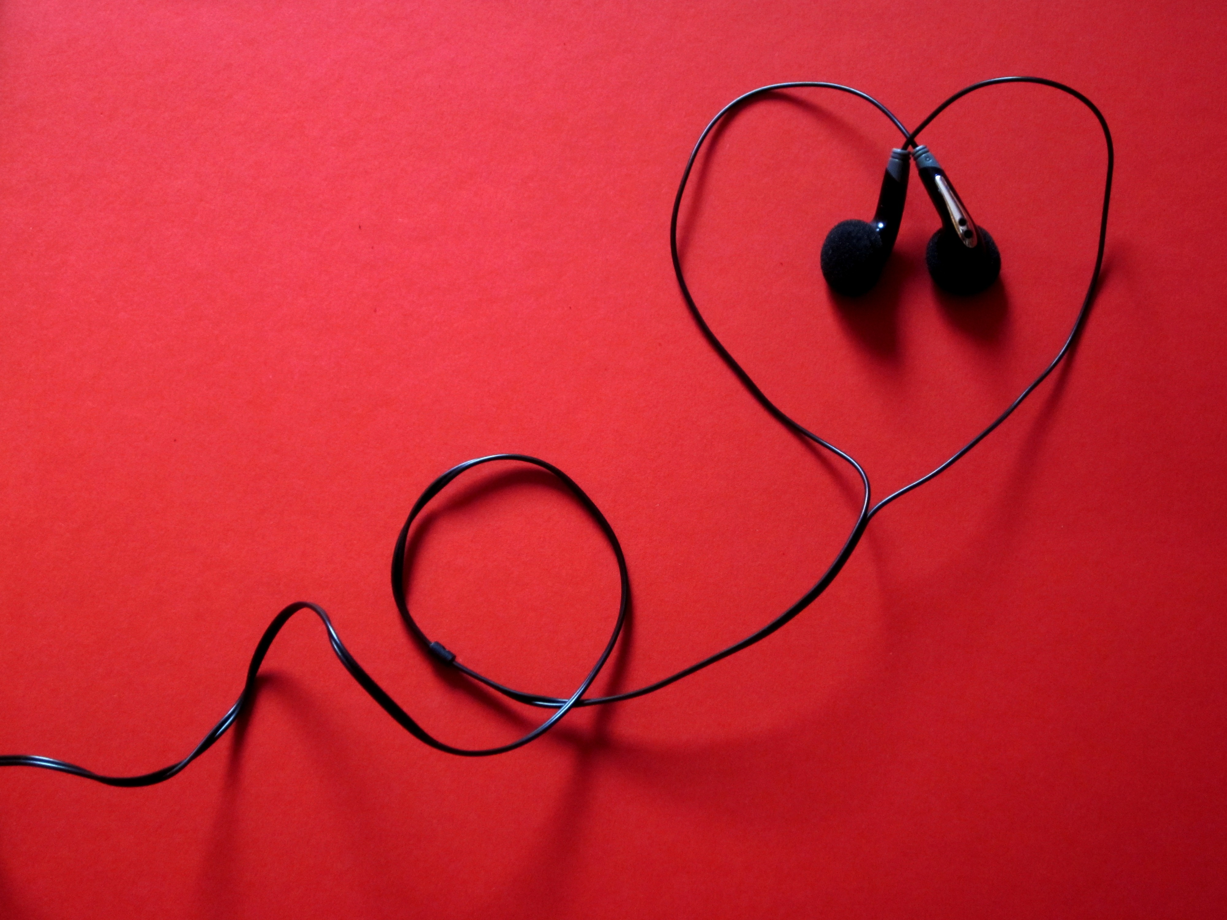 104802 download wallpaper Music, Headphones, Heart, Headset, Typeface screensavers and pictures for free