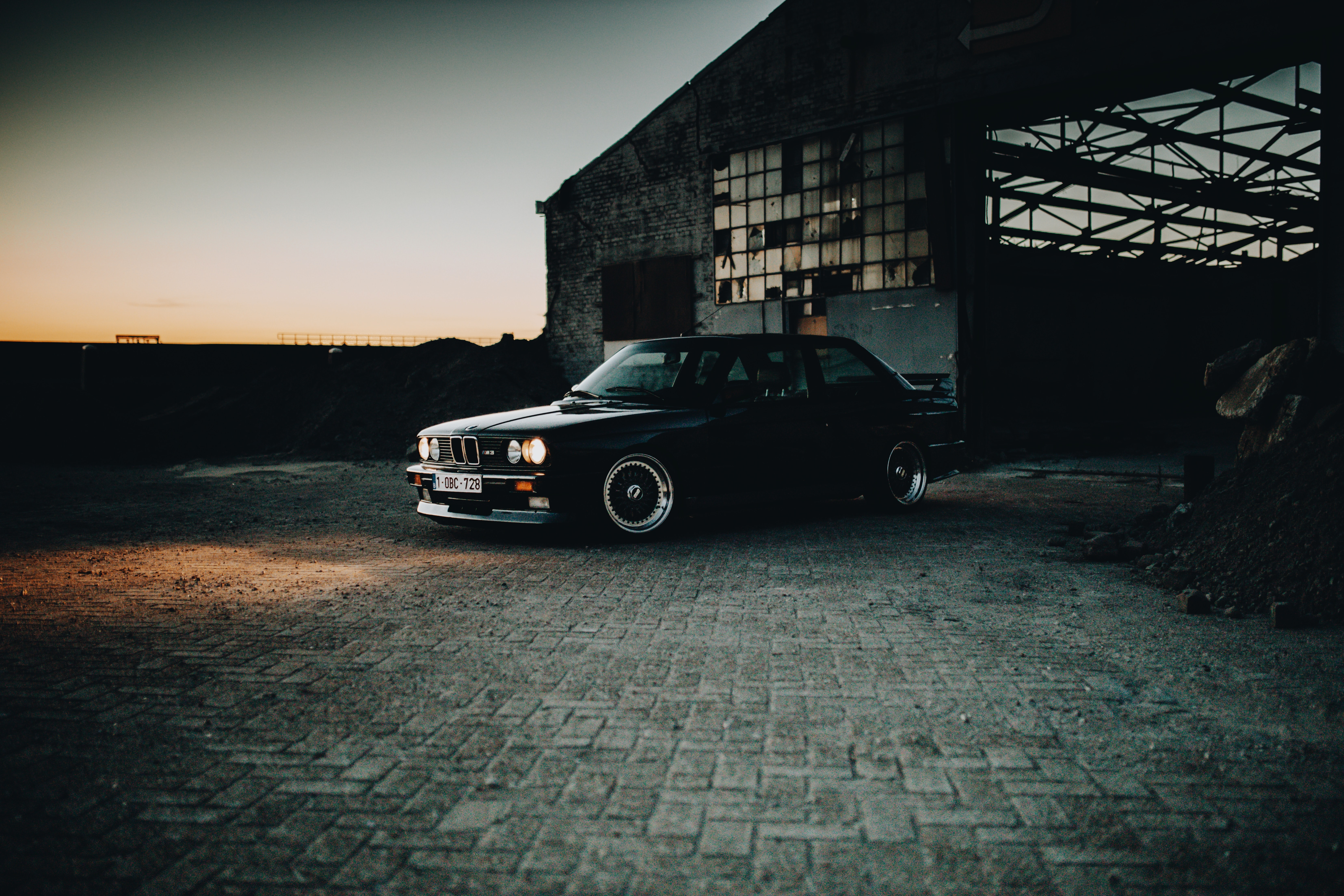 108053 download wallpaper Cars, Car, Retro, Headlights, Lights, Glow, Dark screensavers and pictures for free