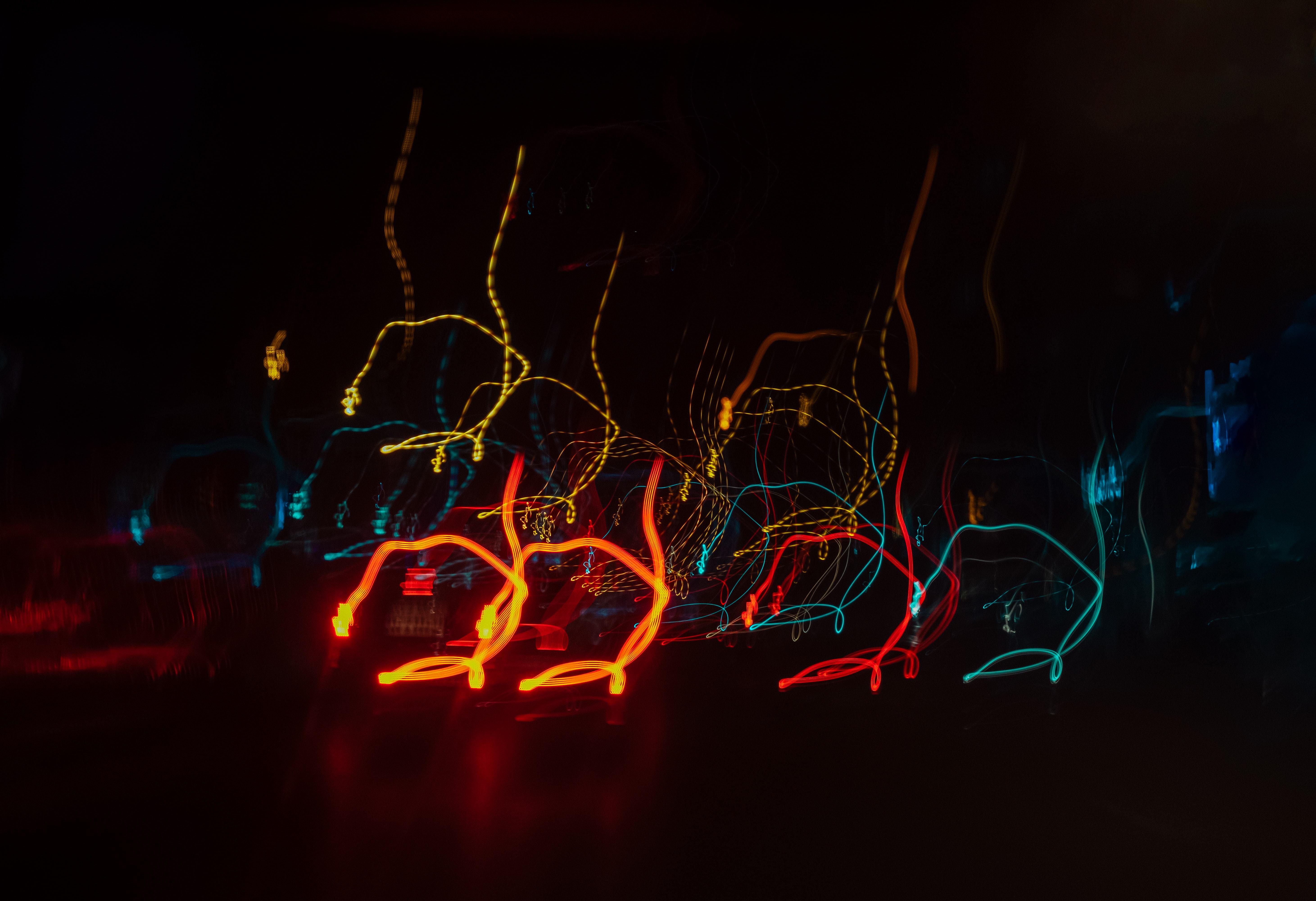 103008 fond d'écran 720x1280 sur votre téléphone gratuitement, téléchargez des images Abstrait, Briller, Lumière, Lignes, Flou, Lisse, Longue Exposition, Lueur 720x1280 sur votre mobile
