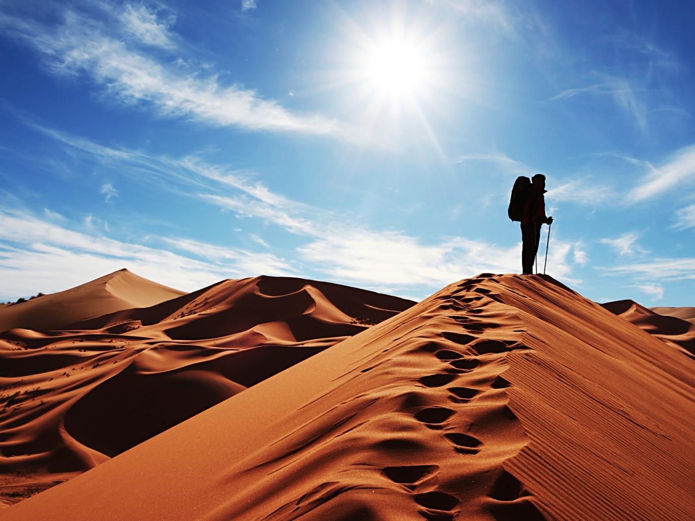 Скачать картинку Пейзаж, Люди, Пустыня в телефон бесплатно.