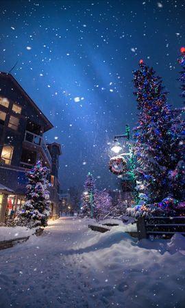 87795 télécharger le fond d'écran Fêtes, Noël, Nouvel An, Hiver, Rue, Chute De Neige, Ambiance, Humeur - économiseurs d'écran et images gratuitement