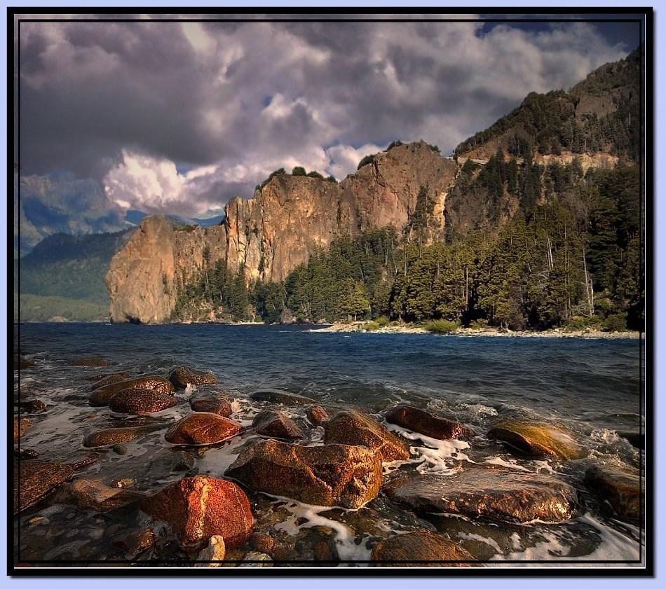 7986 скачать обои Пейзаж, Природа, Река, Камни, Горы, Облака - заставки и картинки бесплатно