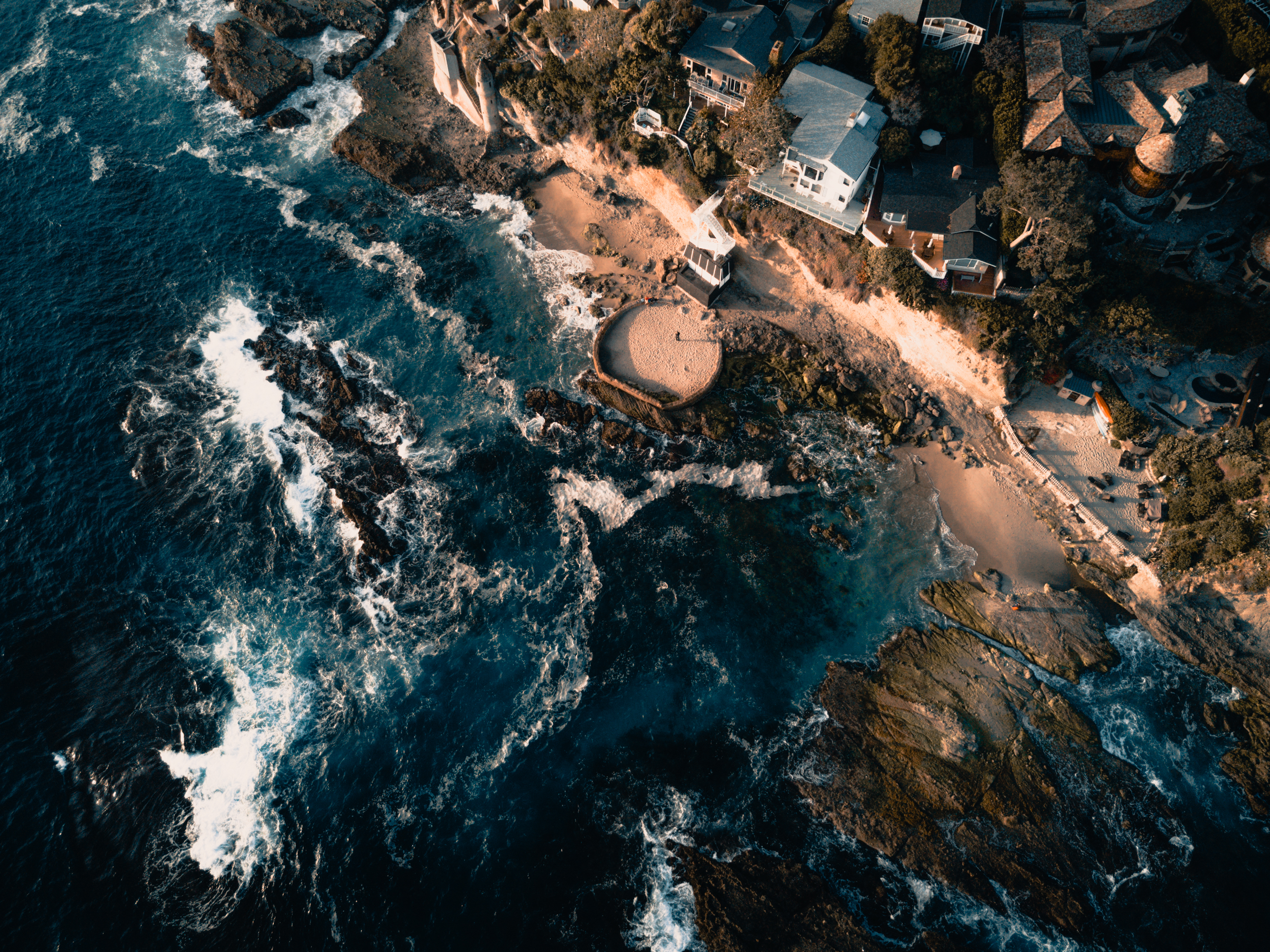 100608 download wallpaper Nature, Sea, Building, View From Above, Surf screensavers and pictures for free