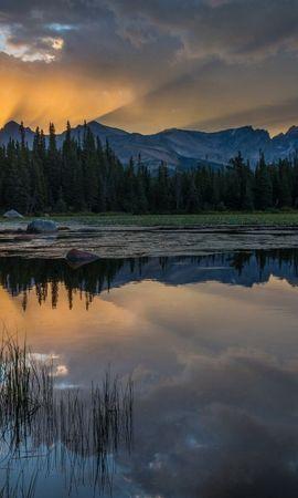 150605 Salvapantallas y fondos de pantalla Hierba en tu teléfono. Descarga imágenes de Naturaleza, Puesta Del Sol, Lago, Hierba, Reflexión, Montañas gratis