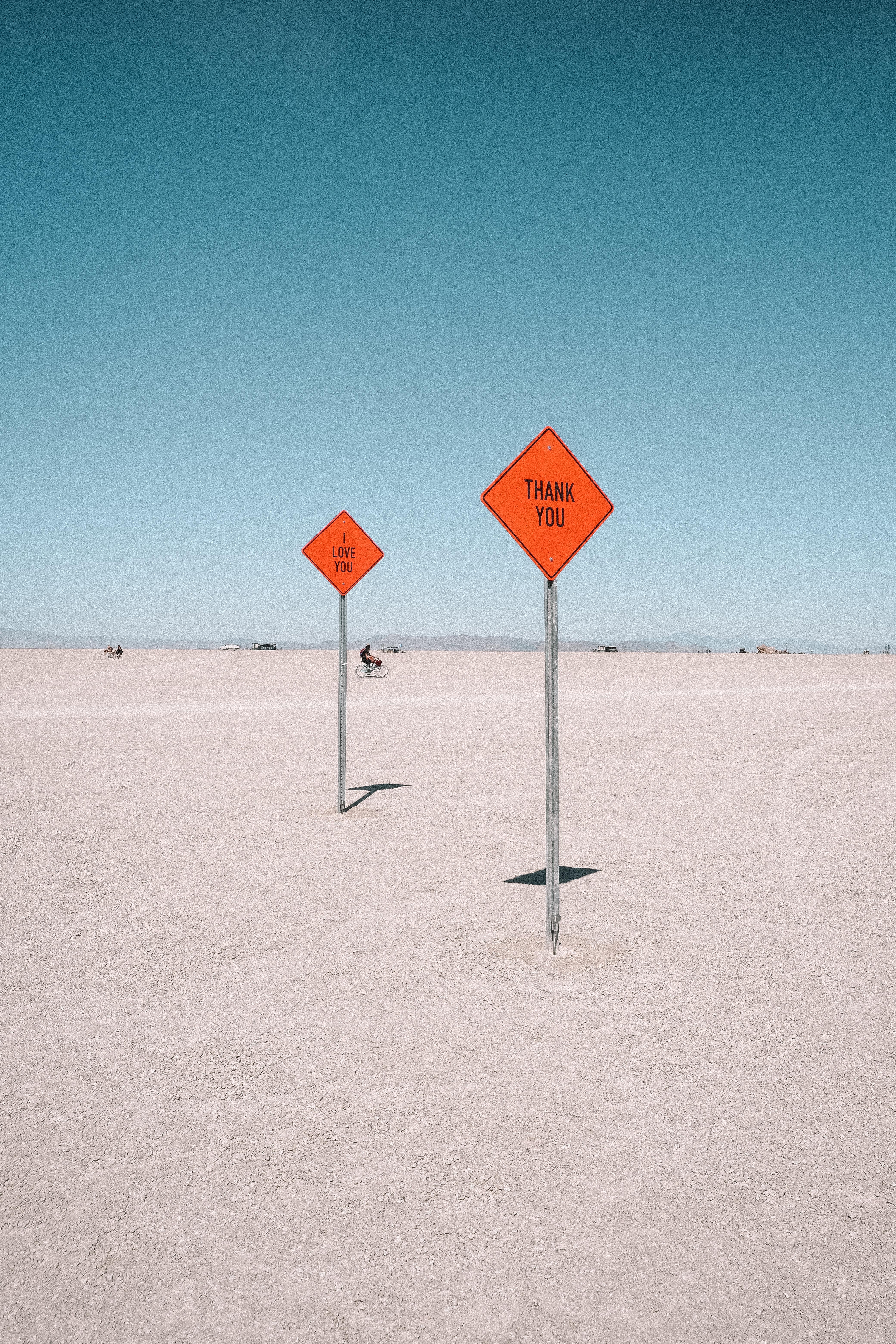 90659 скачать обои Пустыня, Знаки, Слова, Текст, Надписи - заставки и картинки бесплатно
